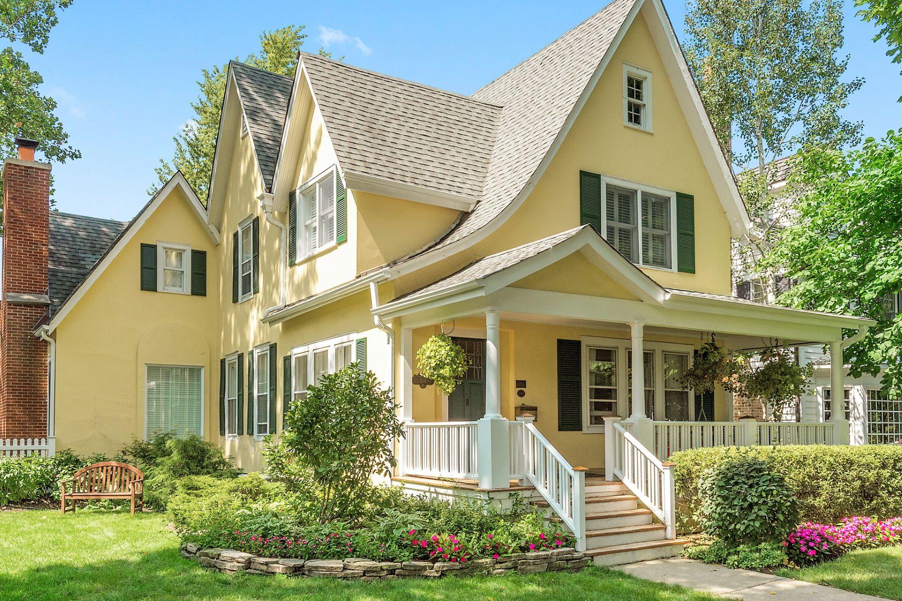Casa Unifamiliar por un Venta en 314 N Lincoln Hinsdale Hinsdale, Illinois, 60521 Estados Unidos