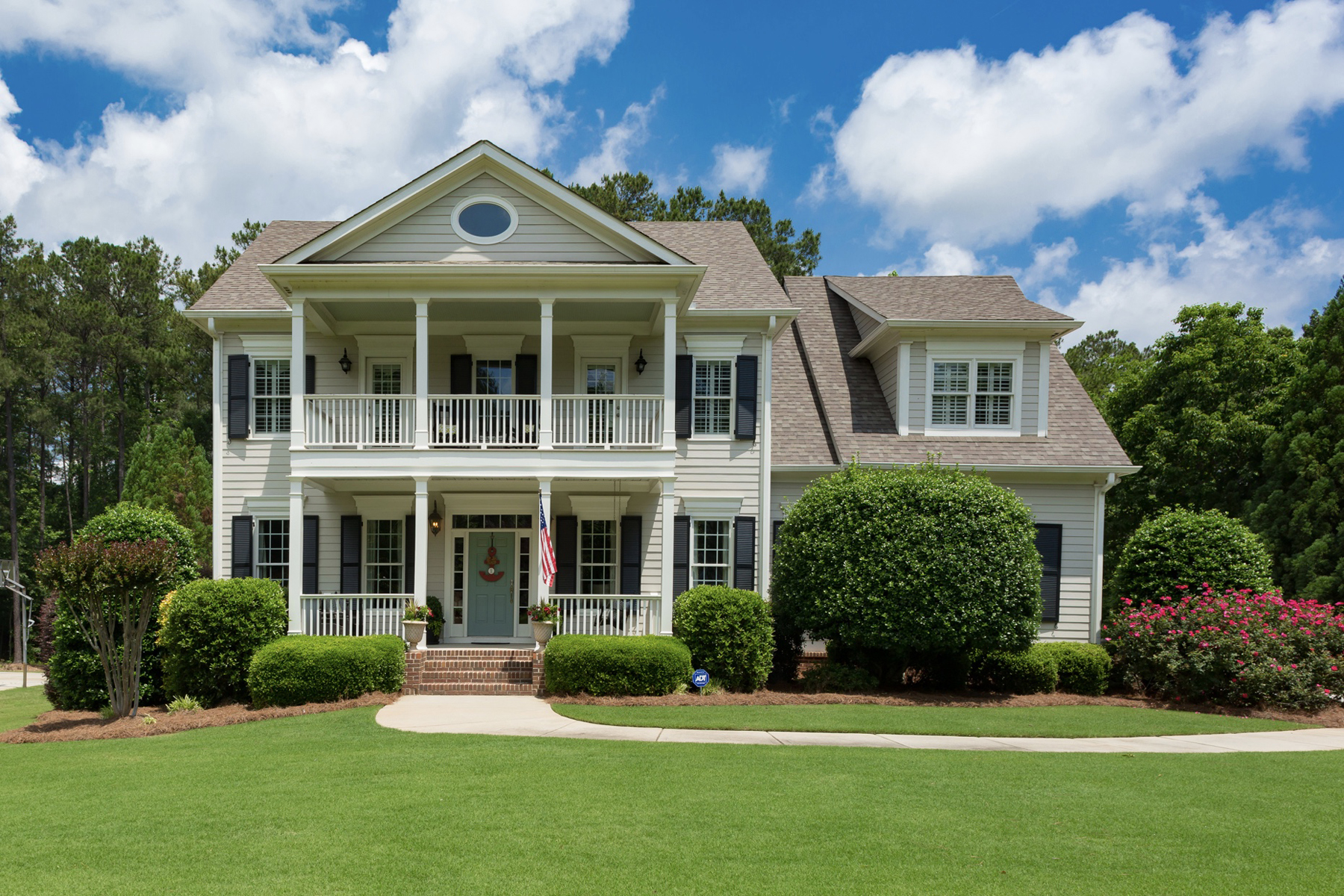 Single Family Home for Sale at Incredible Personal Home Of Interior Designer In Highgrove 140 Colony Point Fayetteville, Georgia 30215 United States