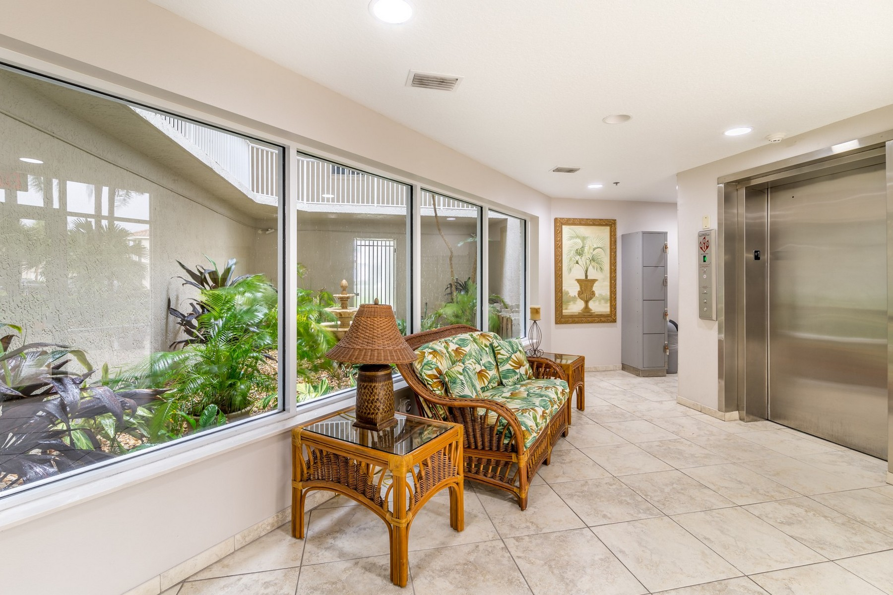 Additional photo for property listing at Oceanfront Penthouse in Sand Dunes 425 Buchanan Avenue #502 Cape Canaveral, Florida 32920 United States
