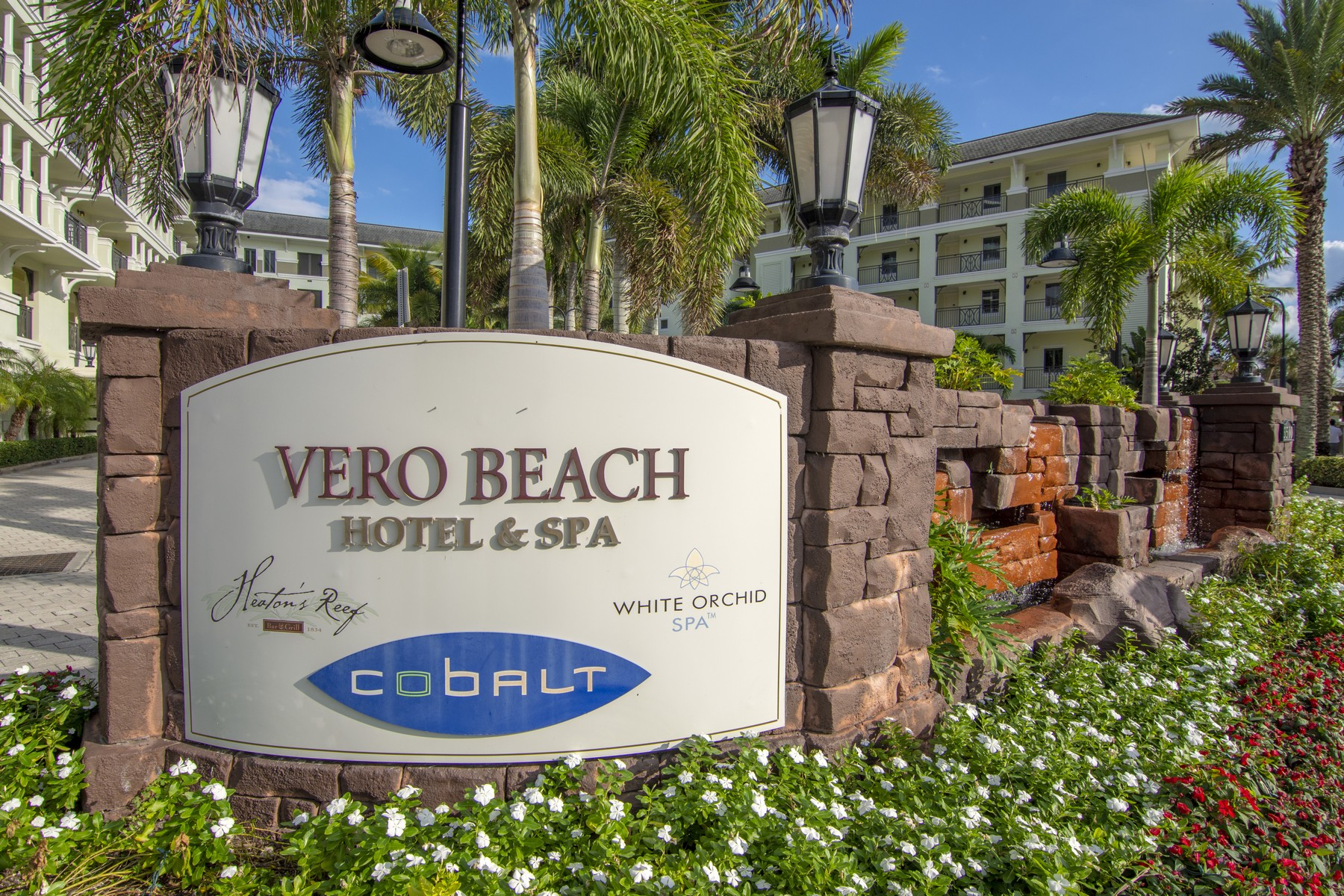 Condominiums for Sale at Fully Furnished With Full Kitchen and Three Balconies! 3500 Ocean Drive #230 Vero Beach, Florida 32963 United States