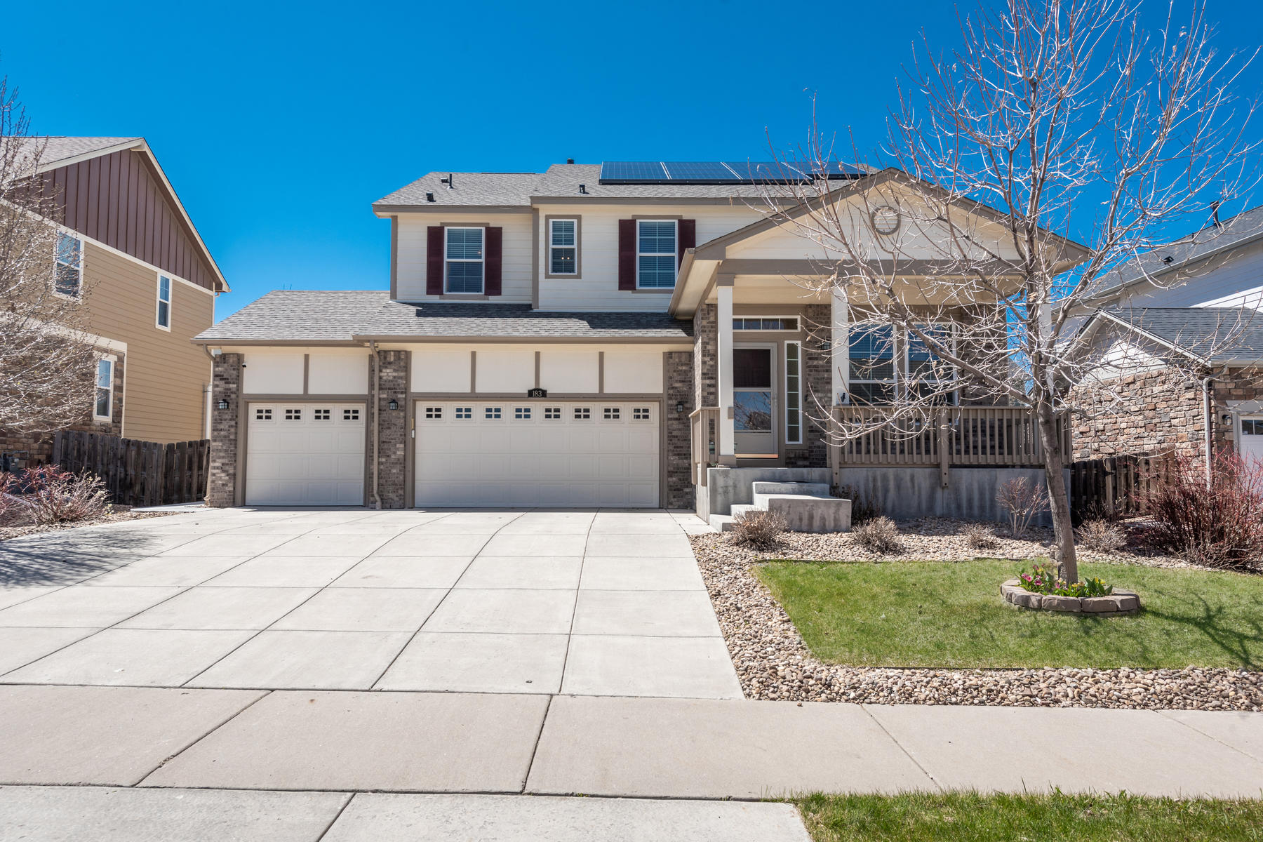 Single Family Homes for Sale at Bright & Open 4 Bedroom on a Quiet Street in Adonea 183 N Muscadine Court, Aurora, Colorado 80018 United States