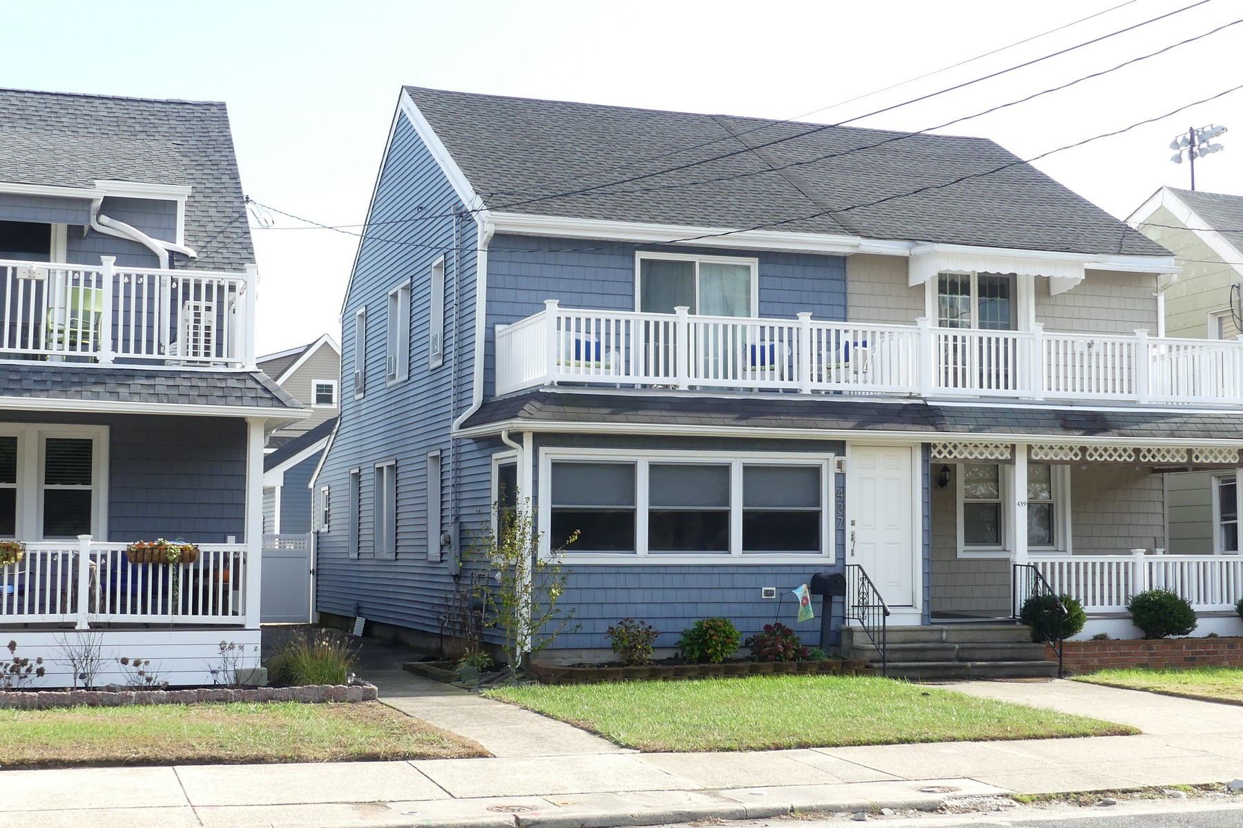 独户住宅 为 销售 在 Single with Bay Views 437 Bay Avenue, Ocean City, 新泽西州, 08226 美国