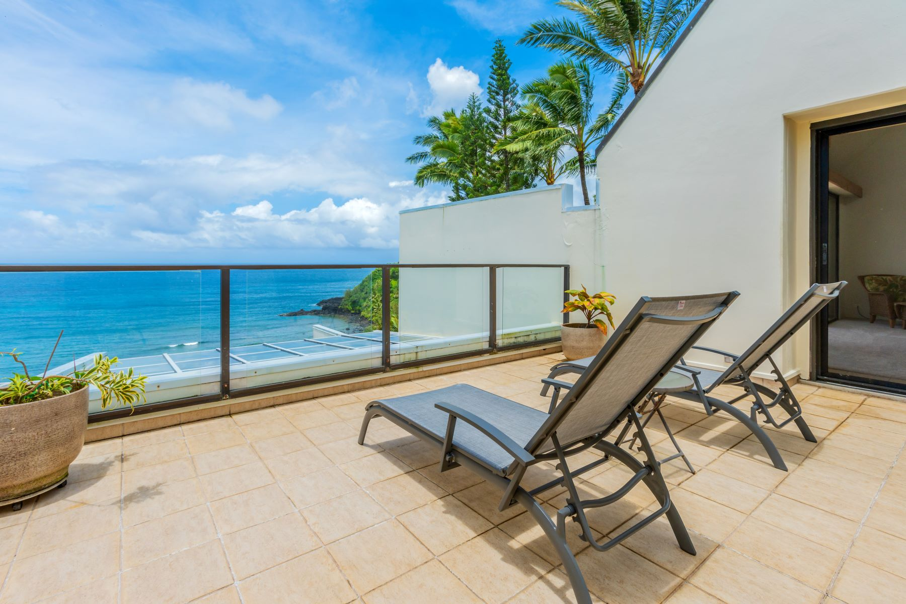 Condominiums for Active at Pu'u Poa #414 5454 Ka Haku Road #414 Princeville, Hawaii 96722 United States