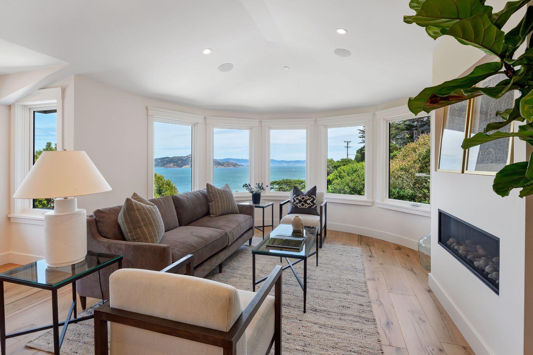 townhouses pour l Vente à Brand New Contemporary Town Home - Ideal Location 37 Crescent Avenue, Sausalito, Californie 94965 États-Unis