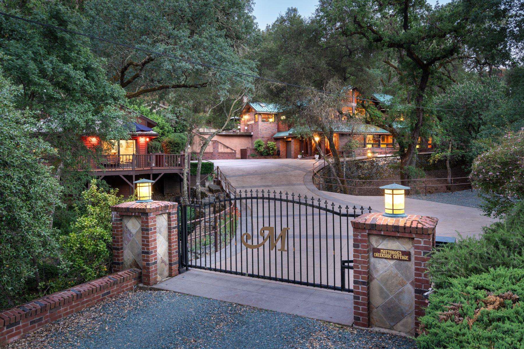 Single Family Homes por un Venta en Beautiful Estate Hidden Away in the Middle of Historic Downtown Sutter Creek 110 Allen Ranch Road Sutter Creek, California 95685 Estados Unidos