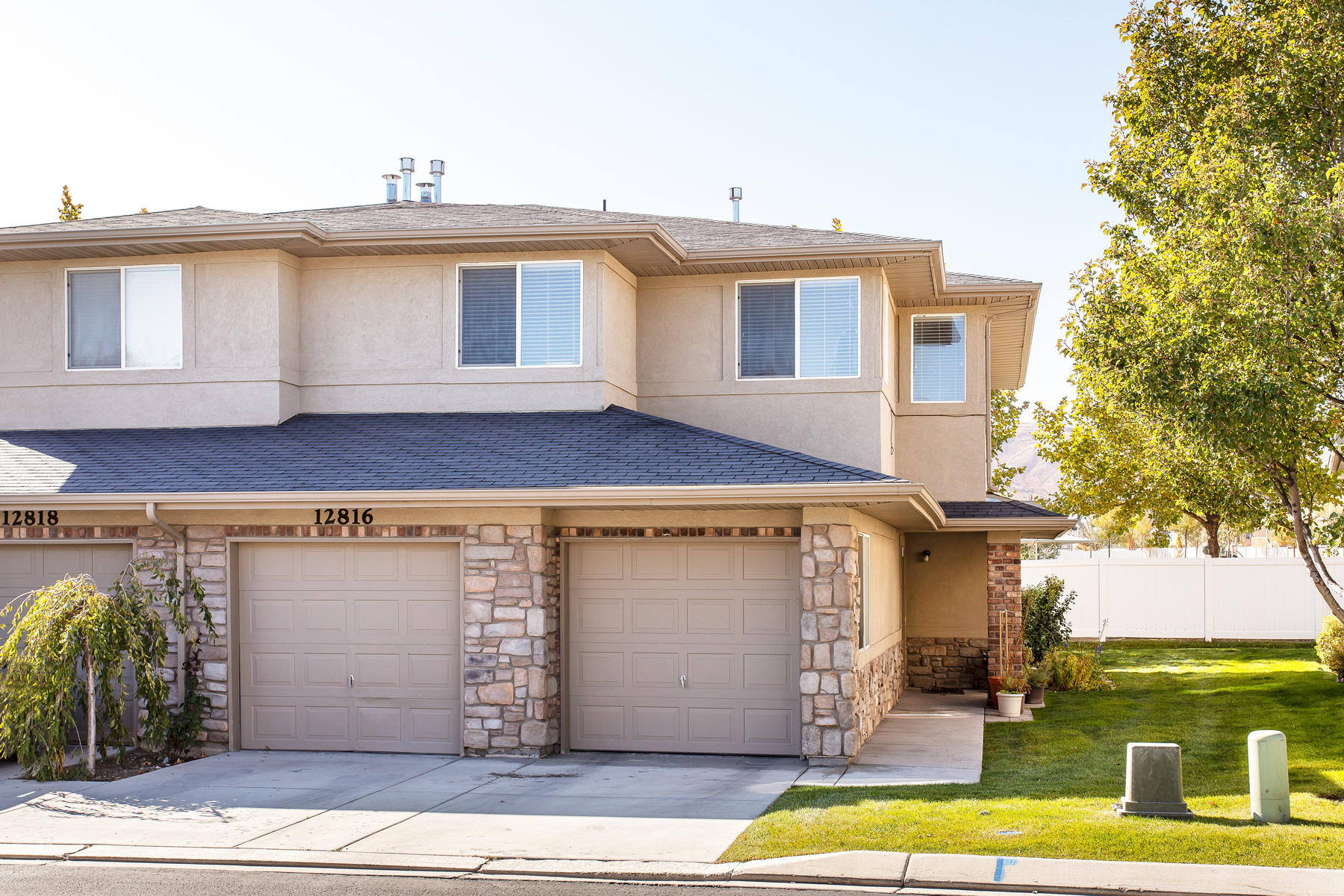 townhouses for Sale at Rare Aspen Springs Townhome 12816 S Timber Run Dr, Riverton, Utah 84096 United States