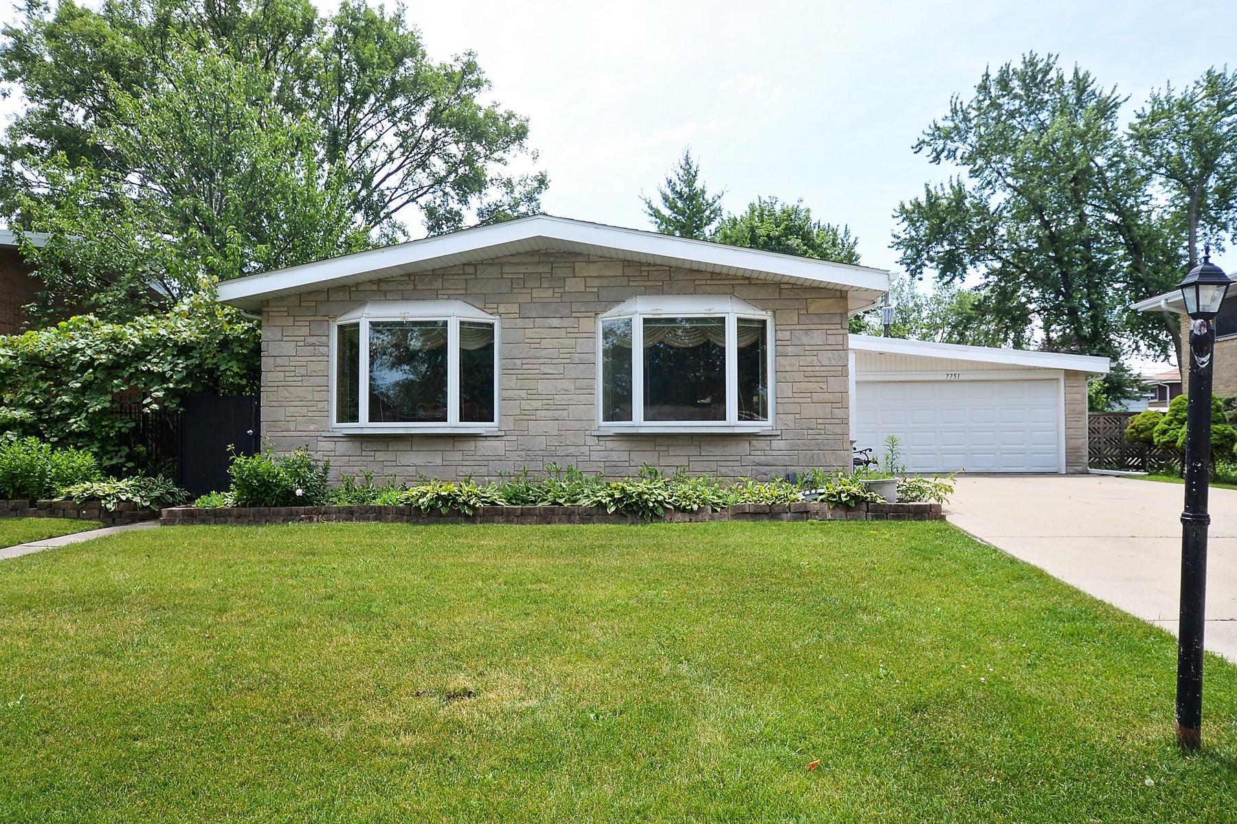 Single Family Home for Sale at Morton Grove Split Level 7751 Churchill Street Morton Grove, Illinois, 60053 United States
