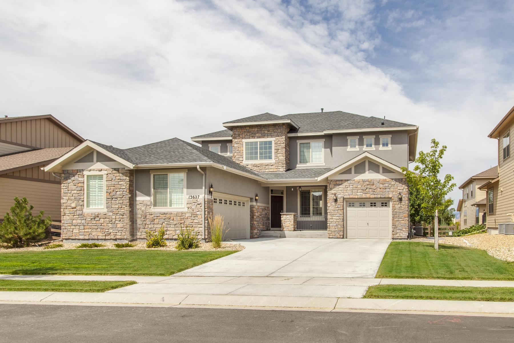 Single Family Home for Active at 13627 Pecos Loop 13627 Pecos Loop Broomfield, Colorado 80023 United States