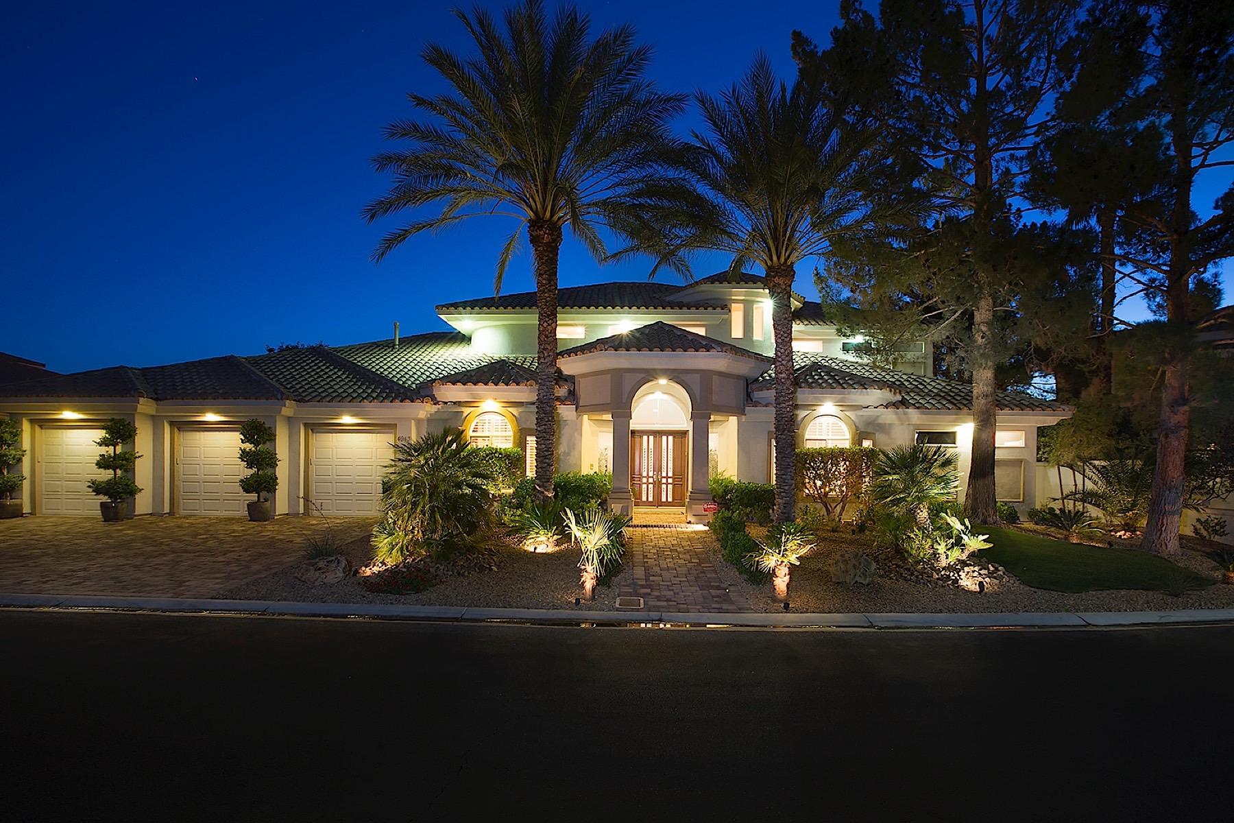 独户住宅 为 销售 在 Spanish Heights 4943 Spanish Heights 拉斯维加斯, 内华达州, 89148 美国在/周边: Las Vegas