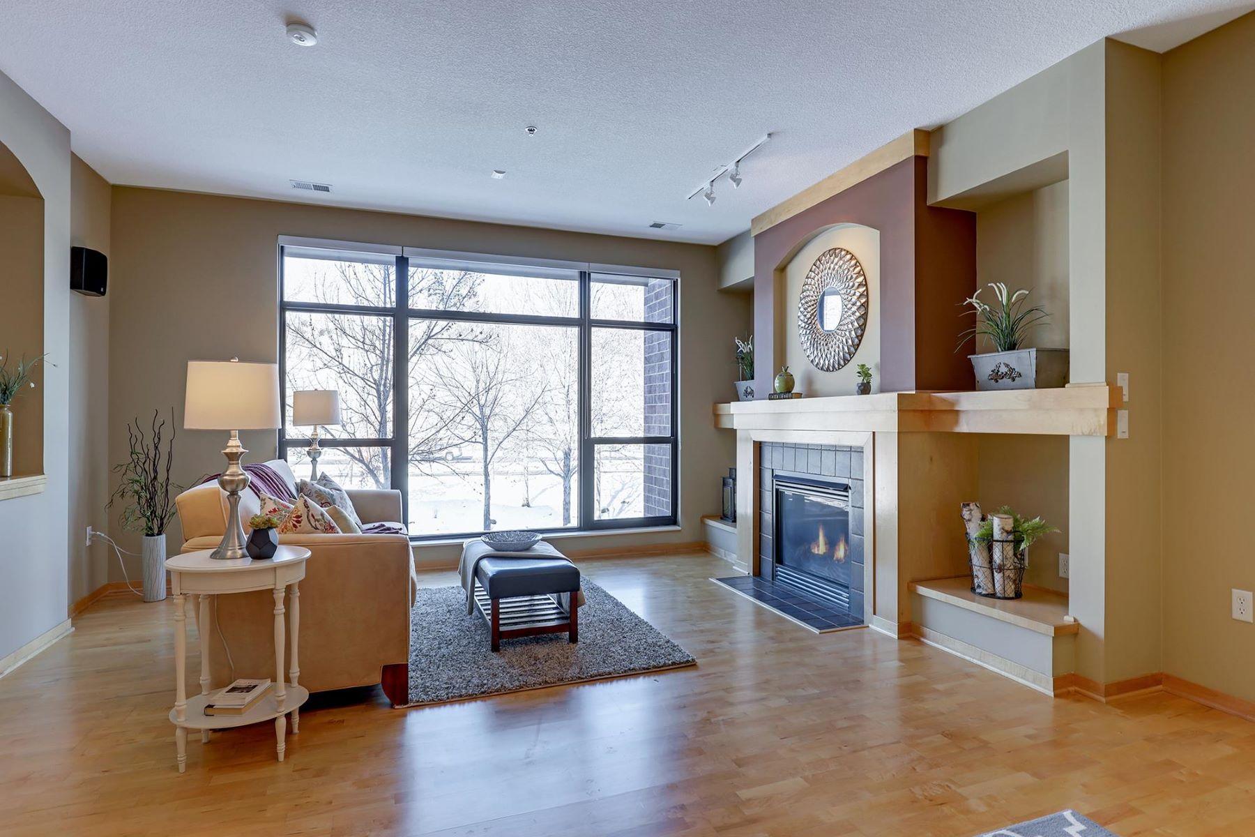 Maison unifamiliale pour l à vendre à 302 Spring Street St. Paul, Minnesota, 55102 États-Unis