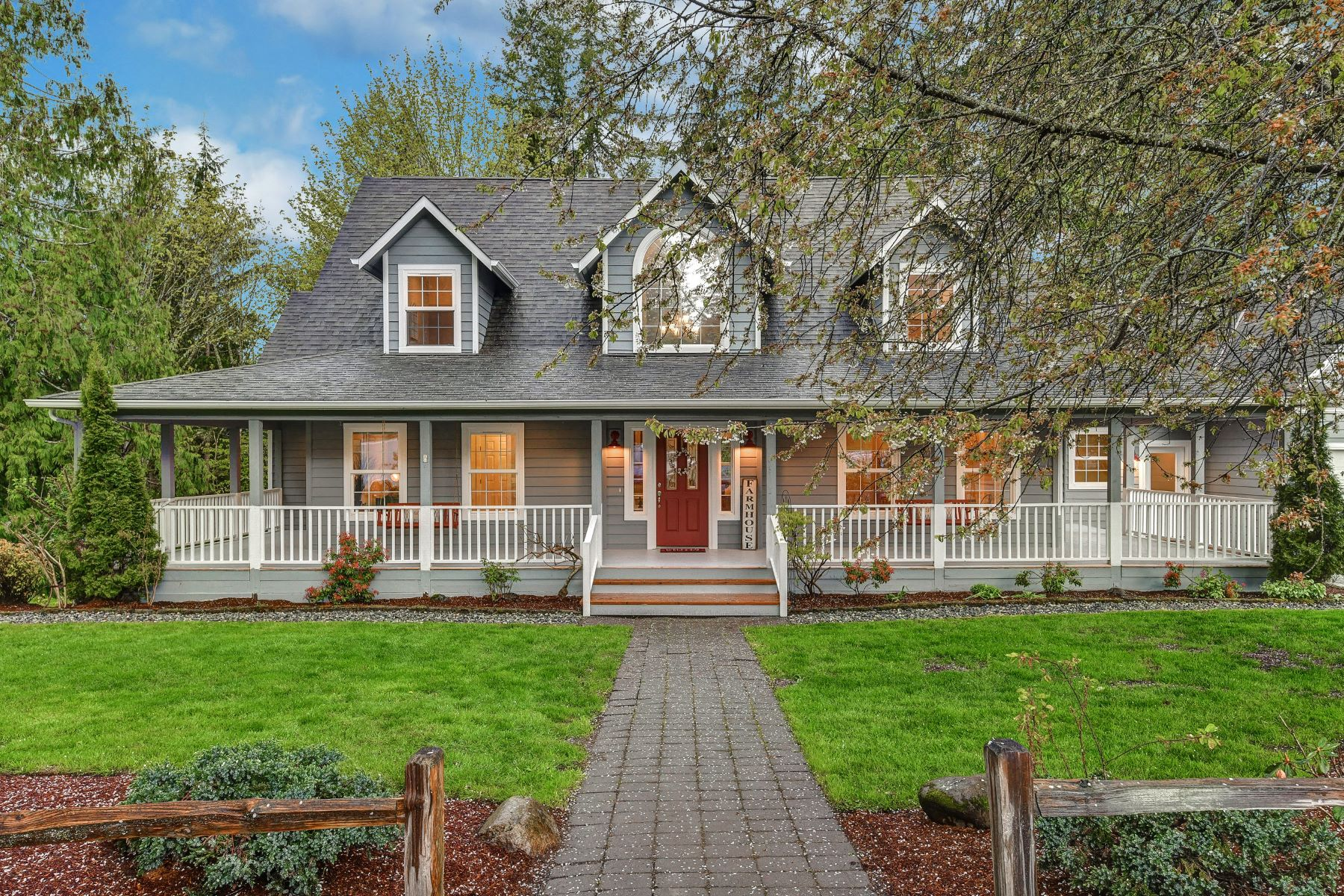 Single Family Homes for Sale at Exquisite Equestrian Farmhouse 10424 Bollenbaugh Hill Road Monroe, Washington 98272 United States