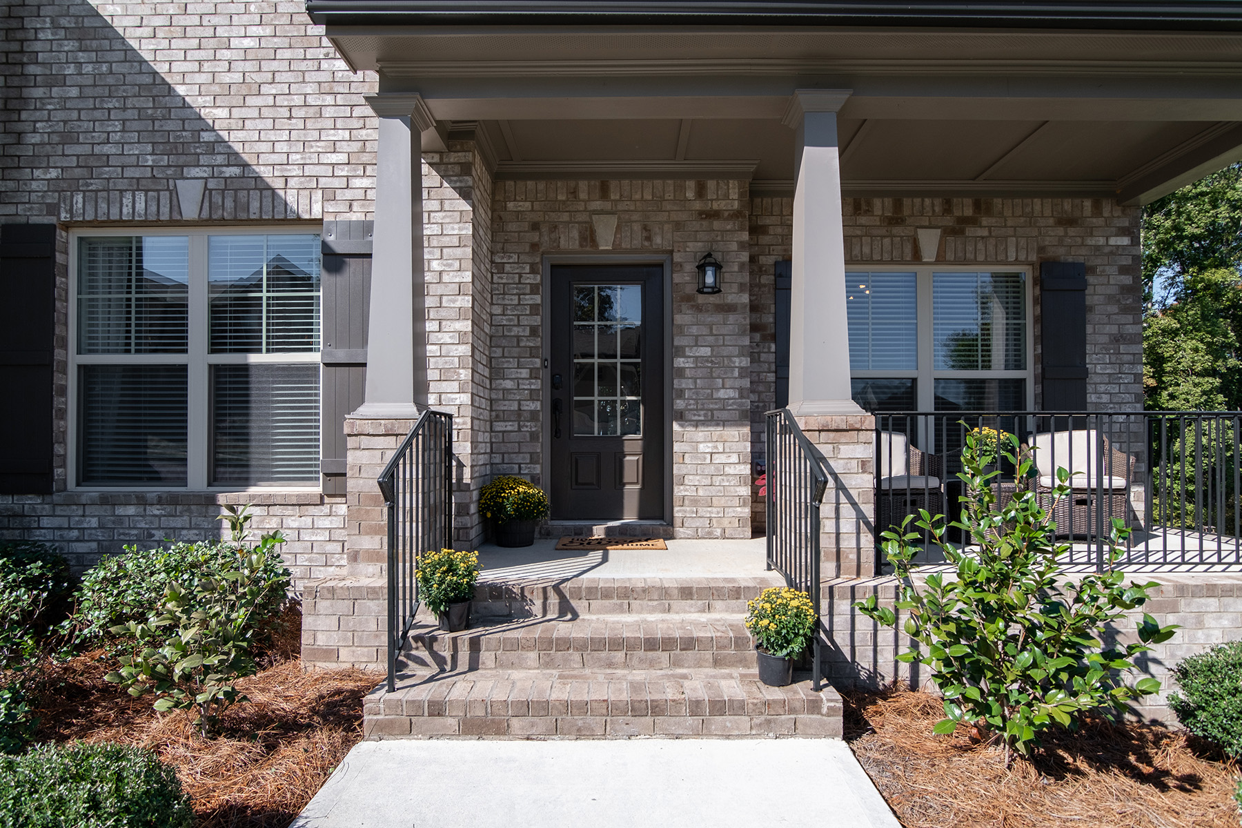 Additional photo for property listing at Like New Charmer In Grand Oaks 113 Grand Oaks Drive, Canton, ジョージア 30115 アメリカ