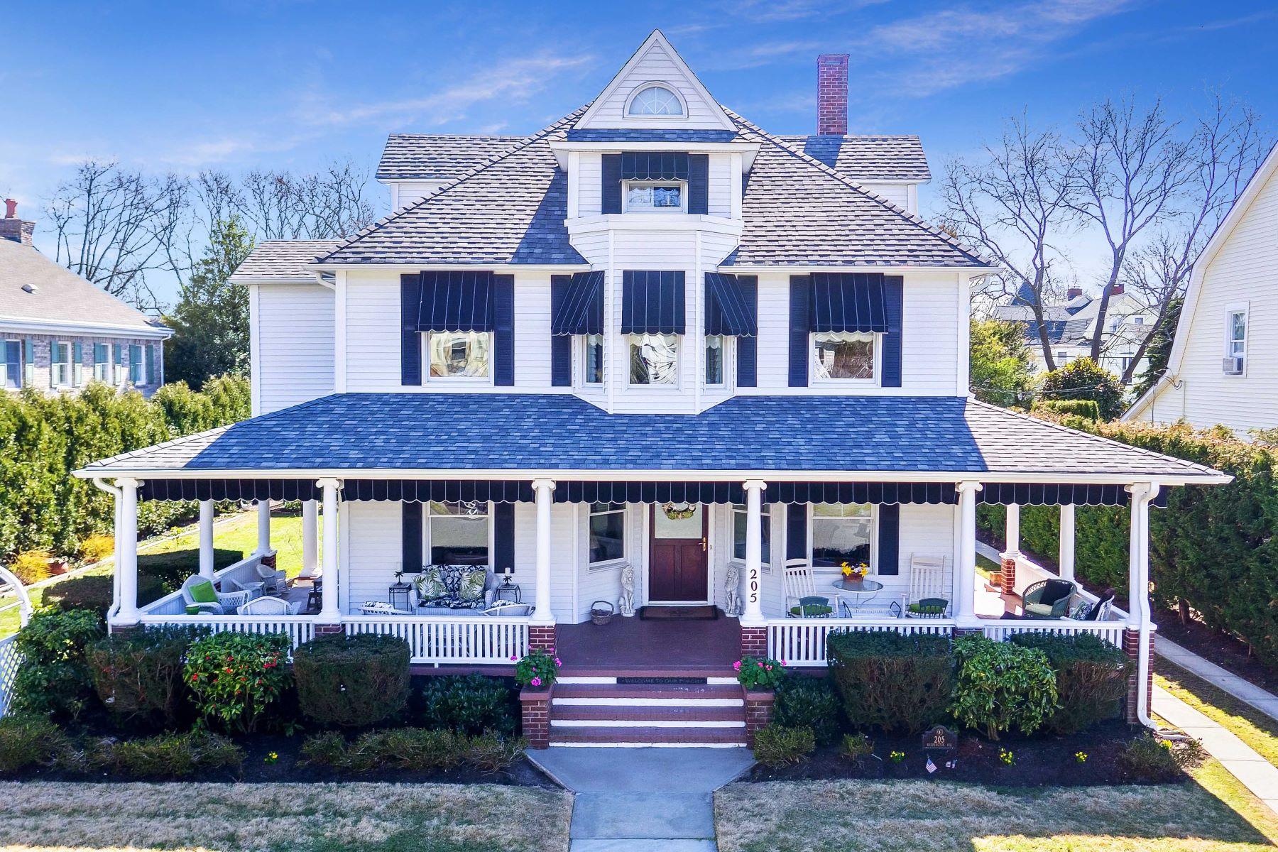 Casa Unifamiliar por un Venta en Wonderful on Washington 205 Washington Ave Spring Lake, Nueva Jersey, 07762 Estados Unidos