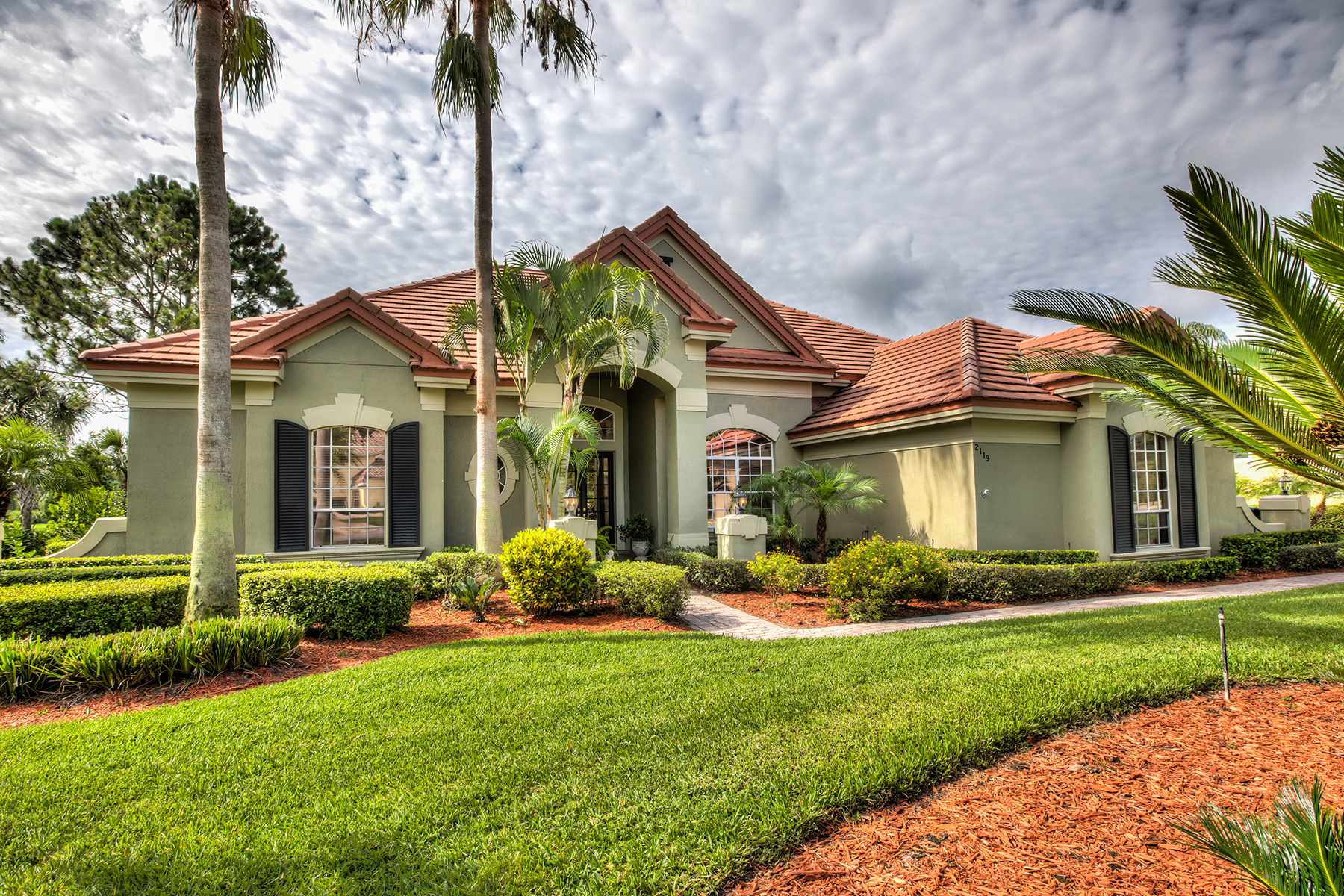 Single Family Homes for Sale at WINDERMERE-ORLANDO 2119 Water Key Dr Windermere, Florida 34786 United States