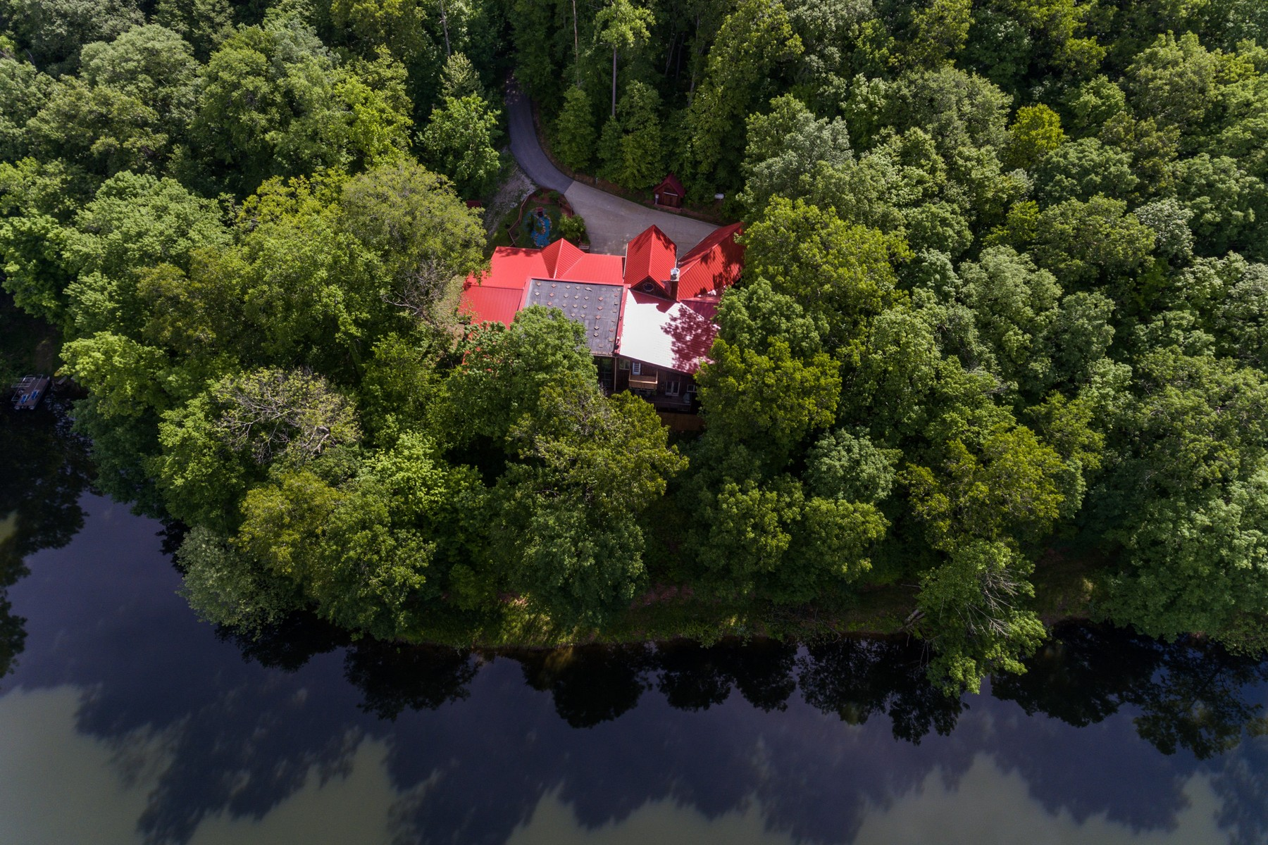 Additional photo for property listing at Incredible Get Away 8261 W. Base Line Road Paragon, Indiana 46166 United States