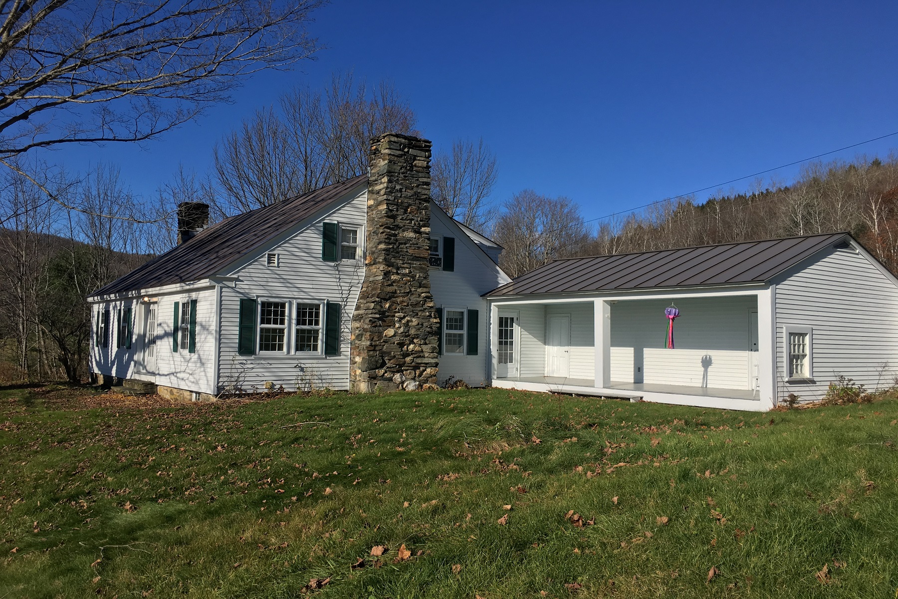 Single Family Homes for Sale at Antique Cape 372 Cherry Hill Road Pomfret, Vermont 05084 United States