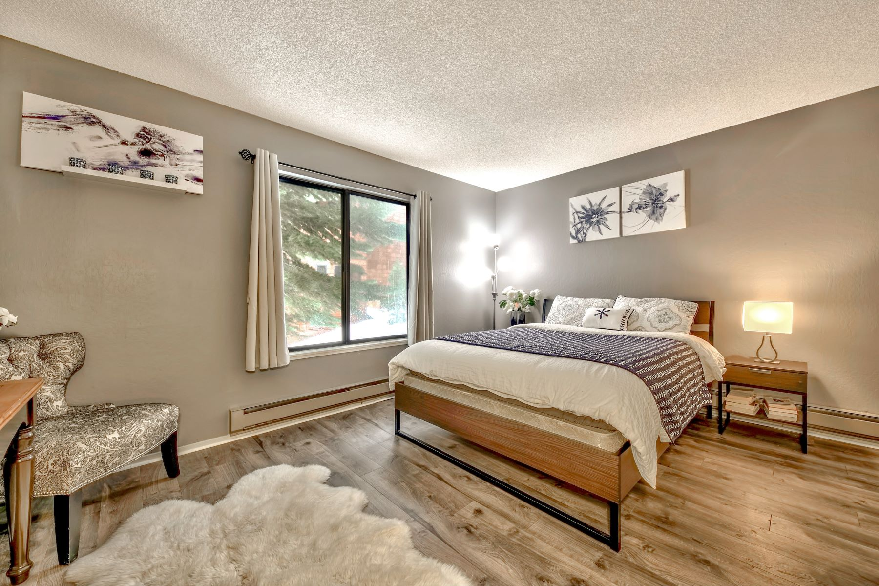 Additional photo for property listing at 11667 Snowpeak Way #523  Truckee California 96161 11667 Snowpeak Way  #523 Truckee, California 96161 United States