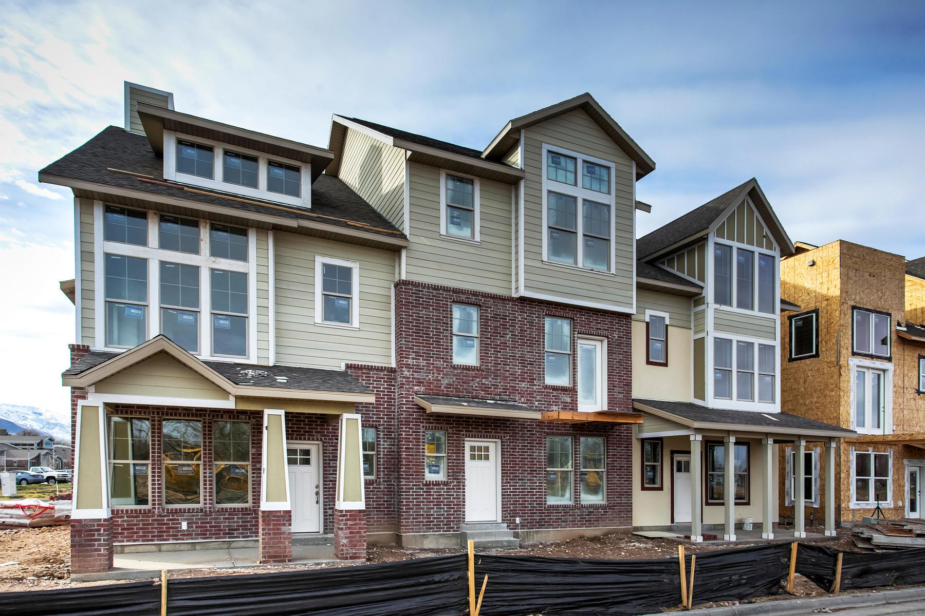 多棟聯建住宅 為 出售 在 New Town Home at The Meadows at Riverbend in Ogden 343 E Park Blvd #56, Ogden, 猶他州, 84401 美國