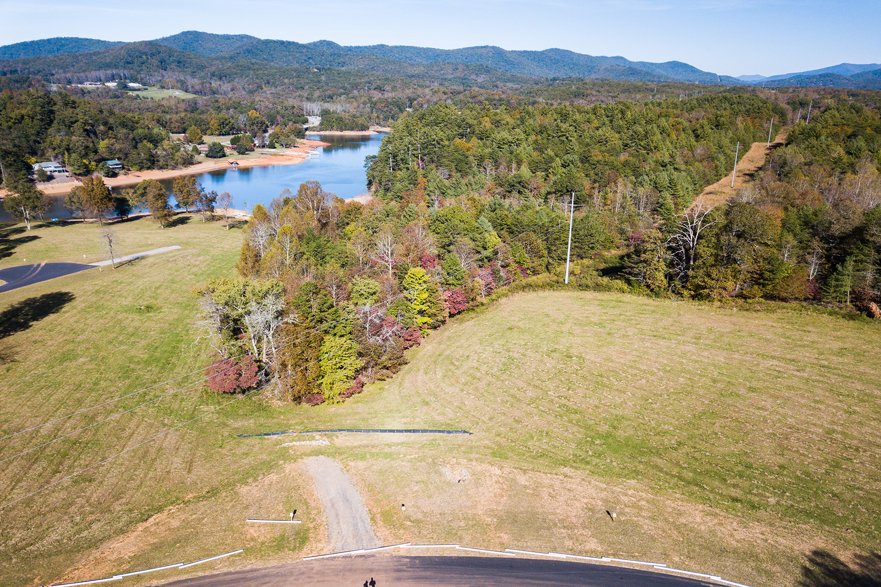 Terreno por un Venta en Lake Nottely View Lot - Ready for Your Masterpiece Lot 27 The Grove, Blairsville, Georgia 30512 Estados Unidos