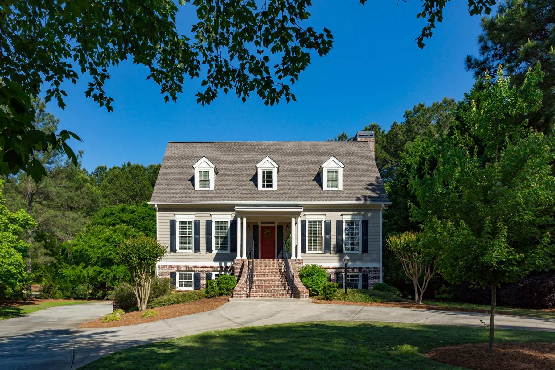 一戸建て のために 売買 アット Highgrove Home Perfectly Updated With Inviting Decor And Neutral Color Palette 145 Meeting House Rd Fayetteville, ジョージア 30215 アメリカ合衆国