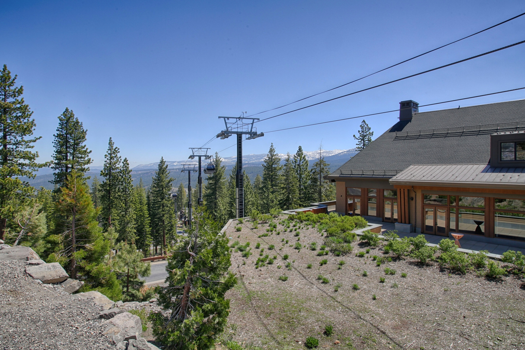 Additional photo for property listing at 13051 Ritz Carlton #4205, Truckee, CA 13051 Ritz Carlton #4205 Truckee, California 96161 United States