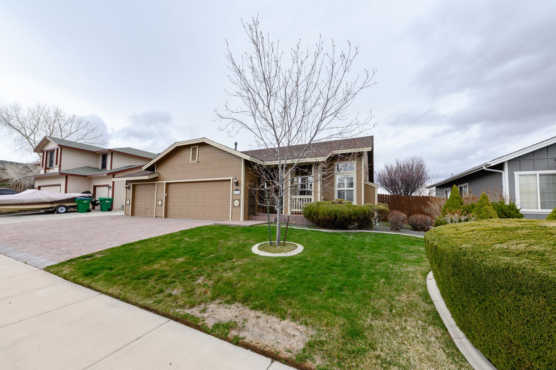 Single Family Home for Active at 771 W. Golden Valley Road, Reno, NV 89506 771 W. Golden Valley Road Reno, Nevada 89506 United States