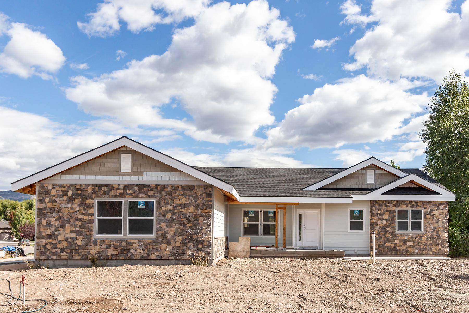 Single Family Homes for Sale at Brand New Home on a Cul-de-sac 1151 East Millers Ct, Heber, Utah 84032 United States
