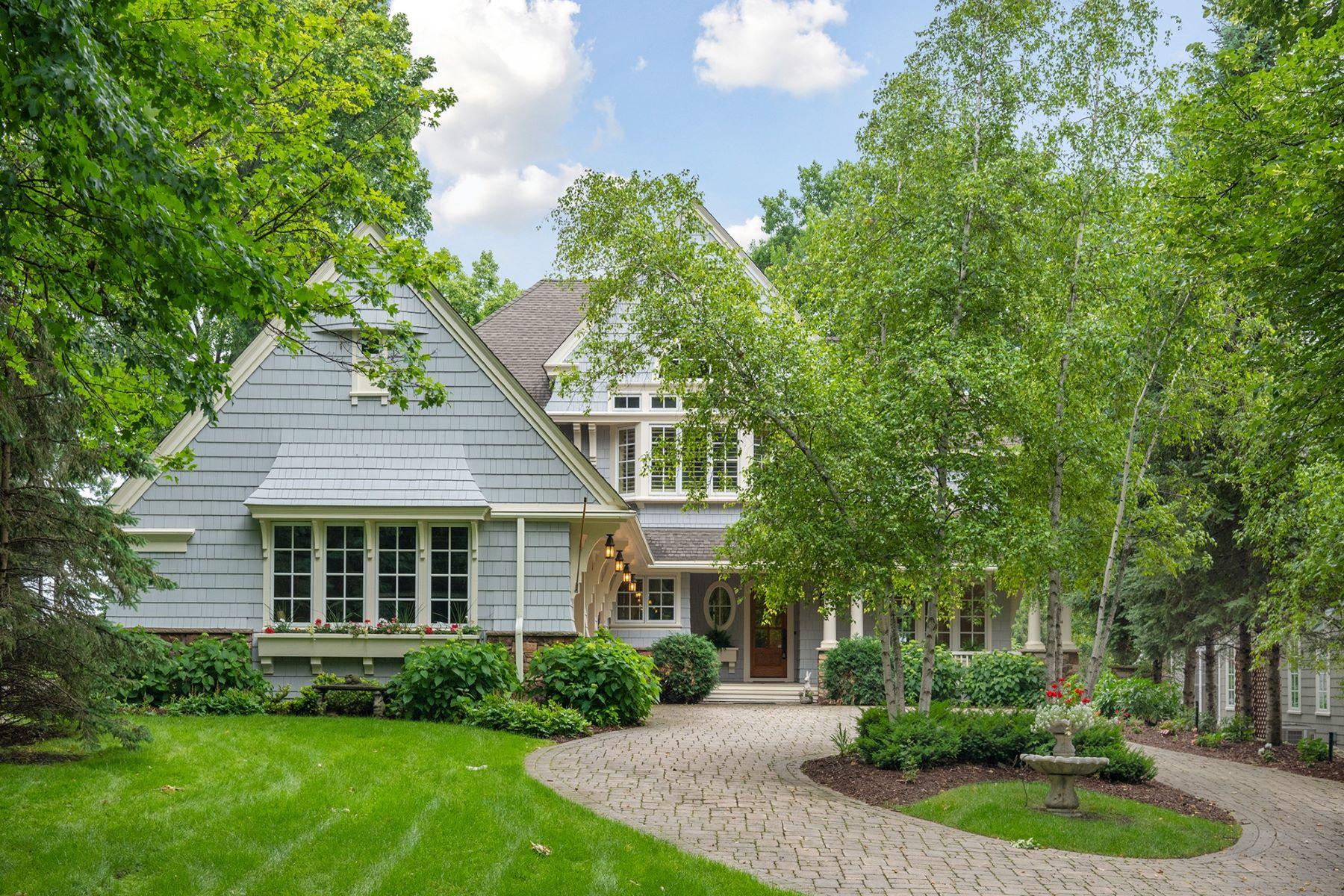 Single Family Homes für Verkauf beim Custom Built Charles Cudd Home on 75 Feet of Prime Lake Minnetonka Lakeshore 70 Wildhurst Road, Tonka Bay, Minnesota 55331 Vereinigte Staaten