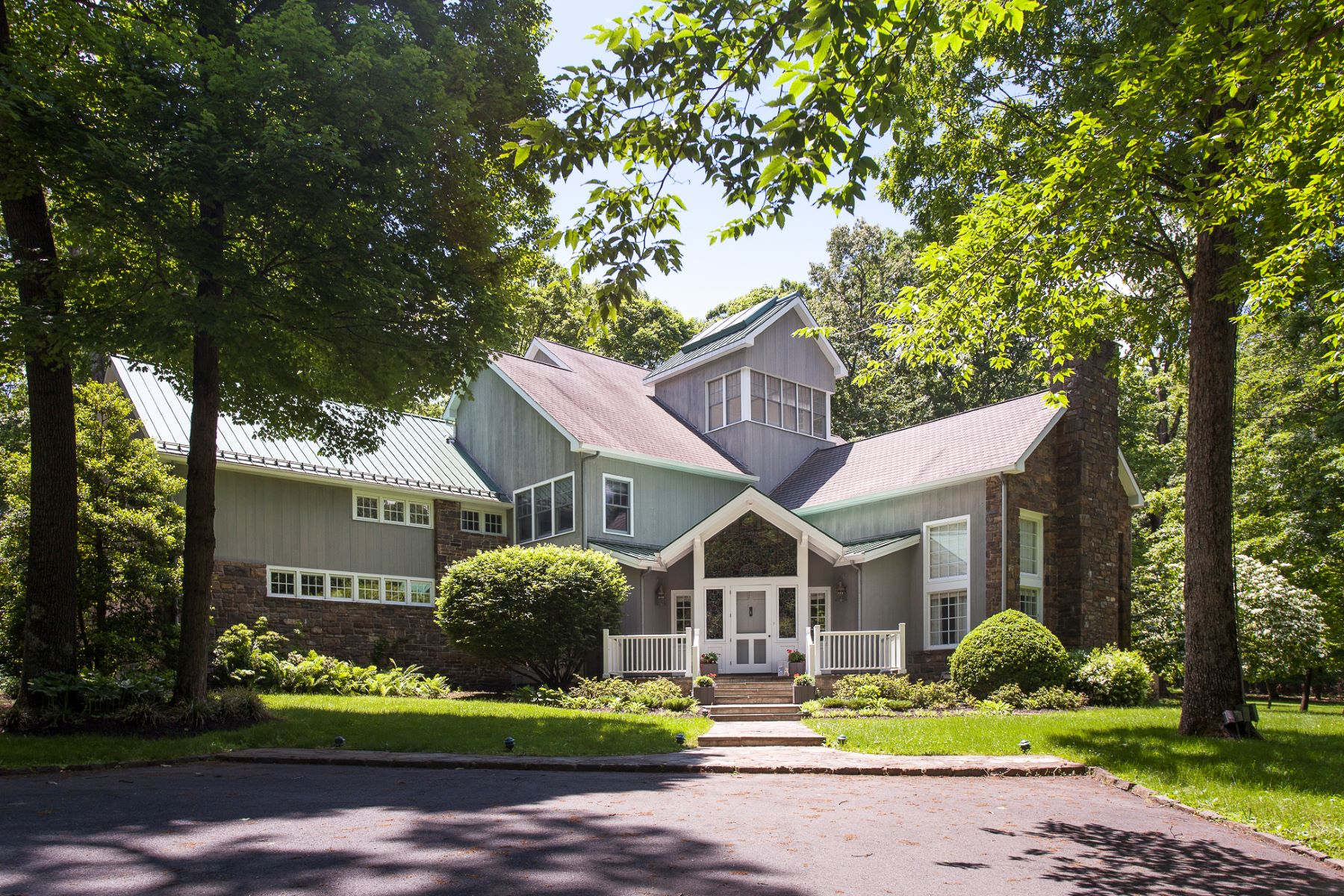 Single Family Home for Sale at A Scenic Hillside Retreat Designed by Jim Hamilton 120 Province Line Road, Skillman, New Jersey 08558 United StatesMunicipality: Hopewell Township