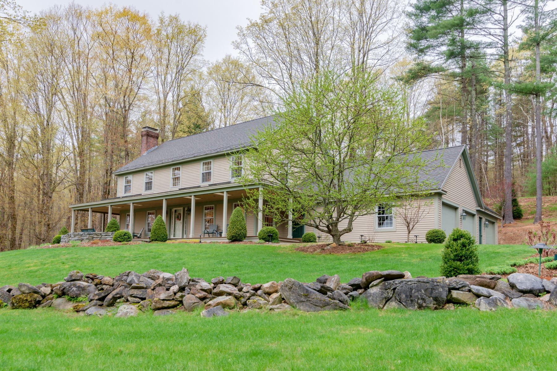 single family homes for Sale at Pristine Manchester Home 381 Stoney Fields Rd Manchester, Vermont 05255 United States