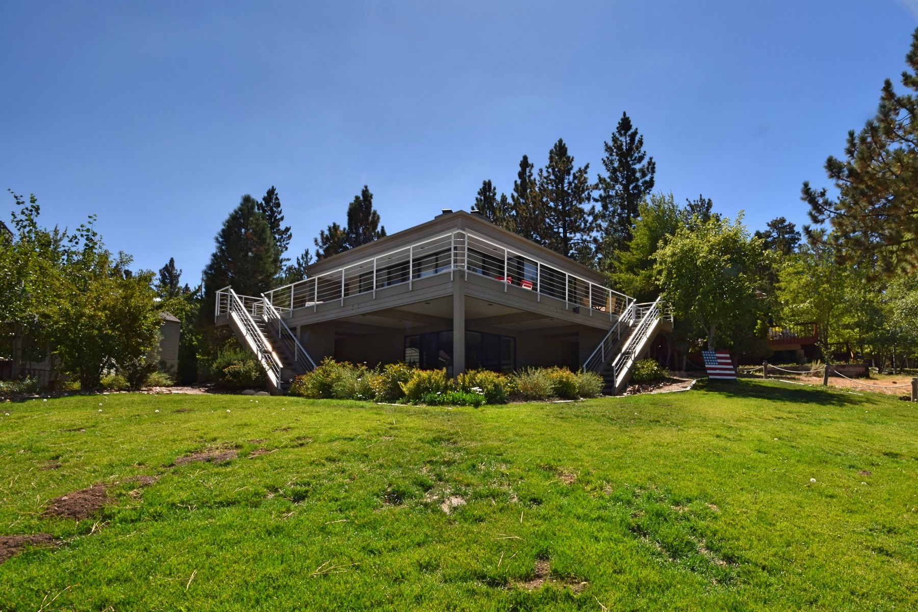 Single Family Homes for Sale at 39280 Waterview Drive Big Bear Lake, California 92315 39280 Waterview Drive Big Bear Lake, California 92315 United States