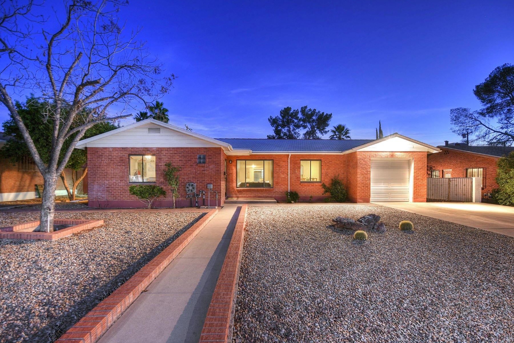 一戸建て のために 売買 アット Classic Mid Century Brick Home in Encanto Park 3456 E Edgemont Street, Tucson, アリゾナ, 85716 アメリカ合衆国
