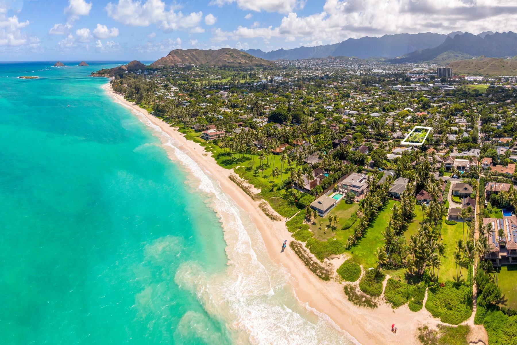 Single Family Homes 為 出售 在 Charming Kailua Beach House 25 S. Kalaheo Ave, Kailua, 夏威夷 96734 美國
