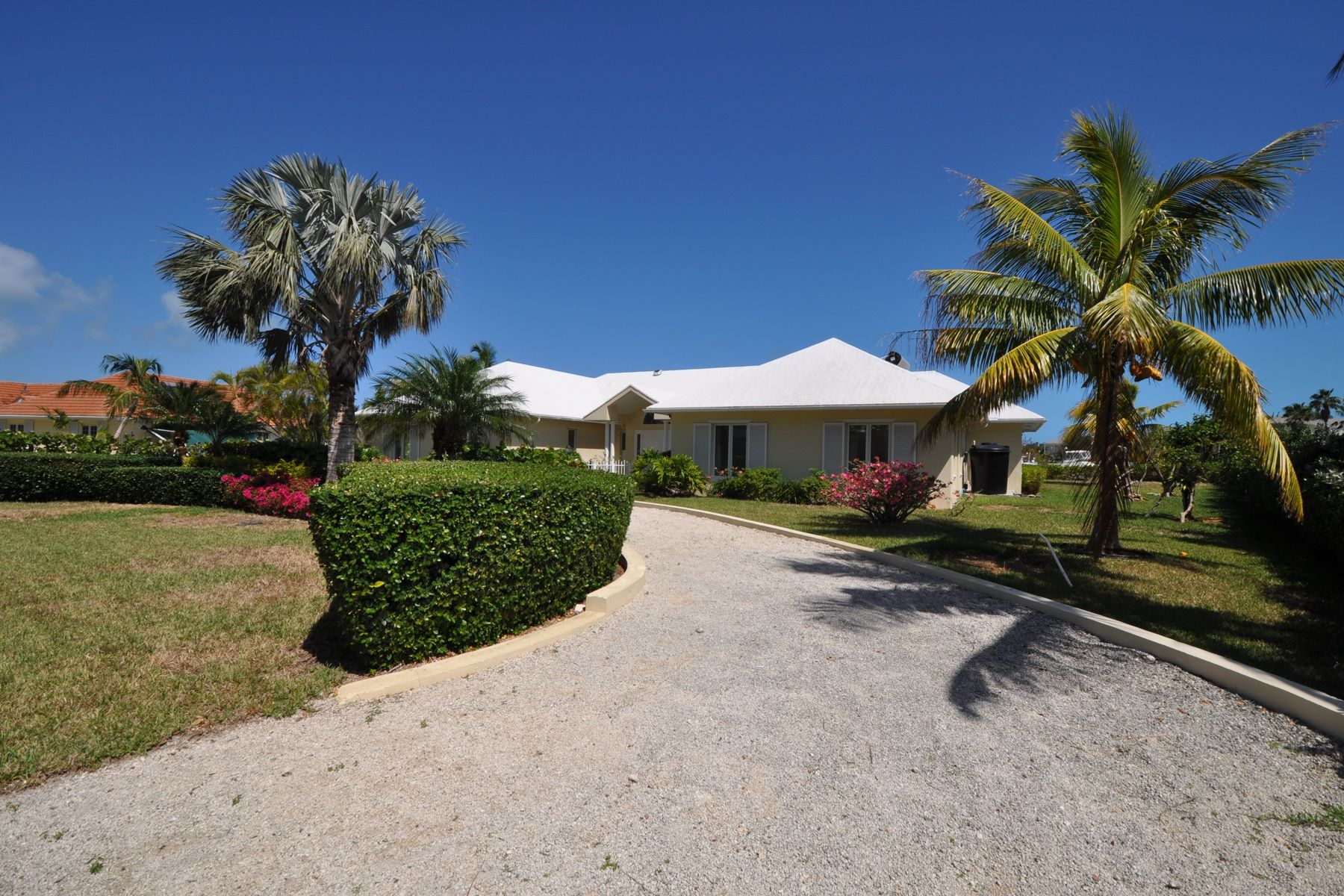 Einfamilienhaus für Verkauf beim #3 Island Drive, Port New Providence Port New Providence, Yamacraw, New Providence/Nassau Bahamas