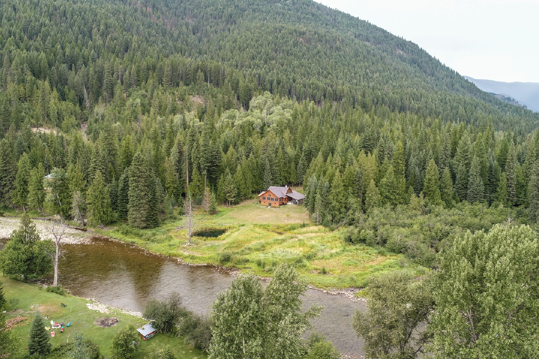 Single Family Homes for Active at Log Home on the River 398 Amber Ln Bonners Ferry, Idaho 83805 United States