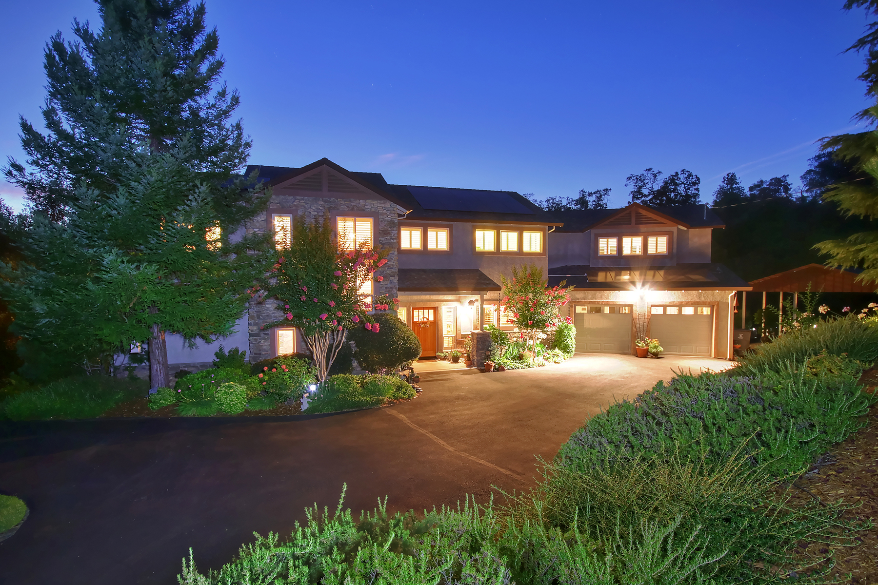 Single Family Home for Active at 2000 Toscana Place, Auburn, CA 95603 2000 Toscana Place Auburn, California 95603 United States