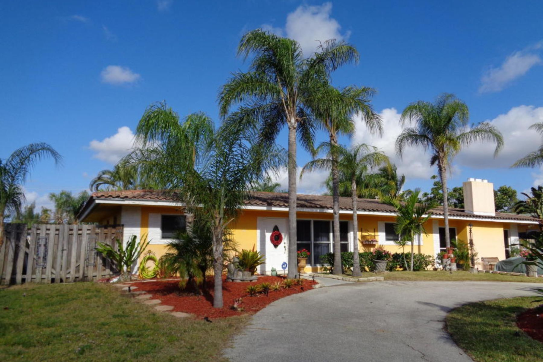 Single Family Home for Sale at Home in the Hills of Boca 775 NW 4th Ave Boca Raton, Florida 33432 United States