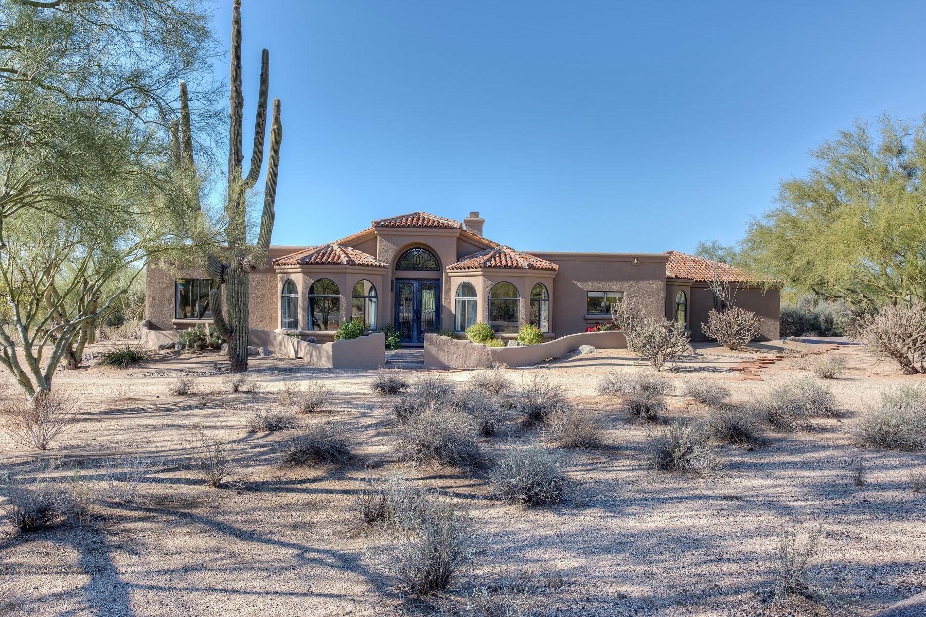 Vivienda unifamiliar por un Venta en Highly upgraded custom home 25218 N Roping RD, Scottsdale, Arizona, 85255 Estados Unidos
