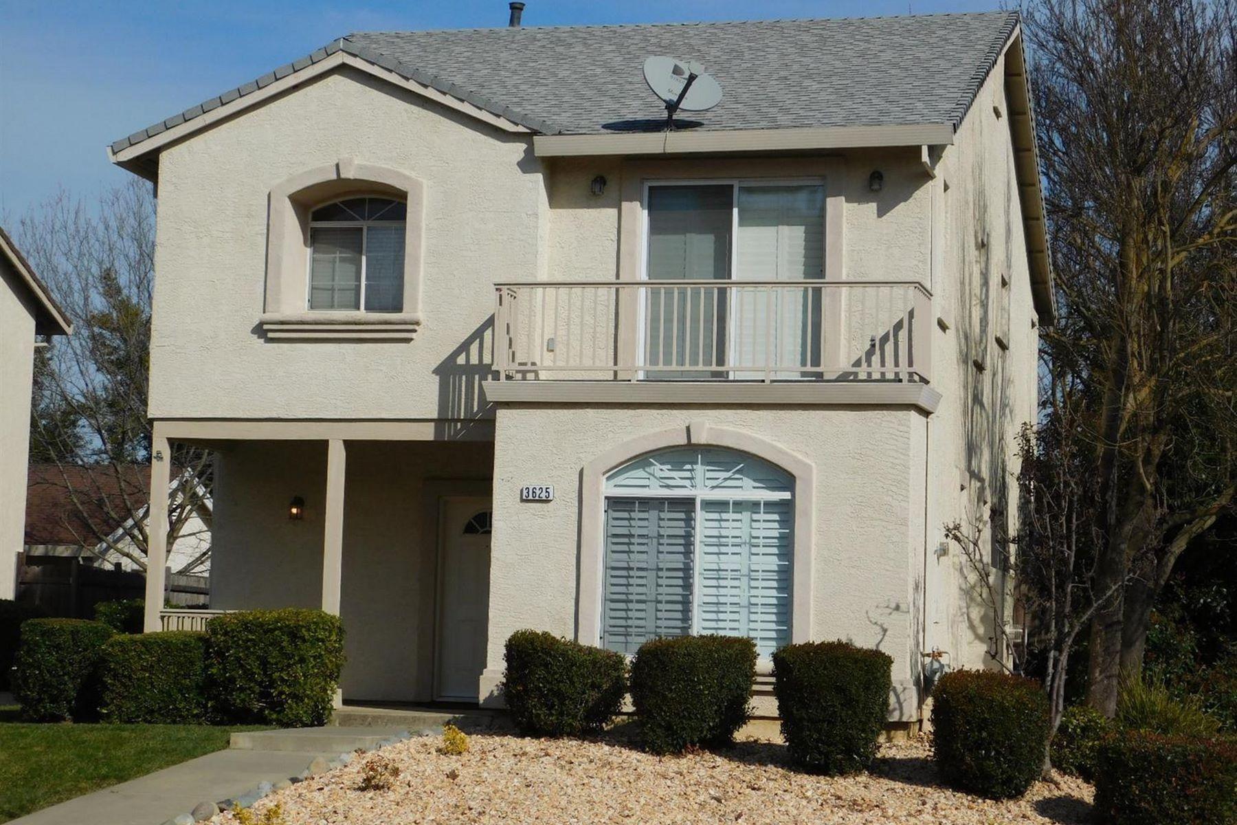 Single Family Homes para Venda às Beautiful South-Side Davis Home 3625 Koso Street, Davis, Califórnia 95618 Estados Unidos