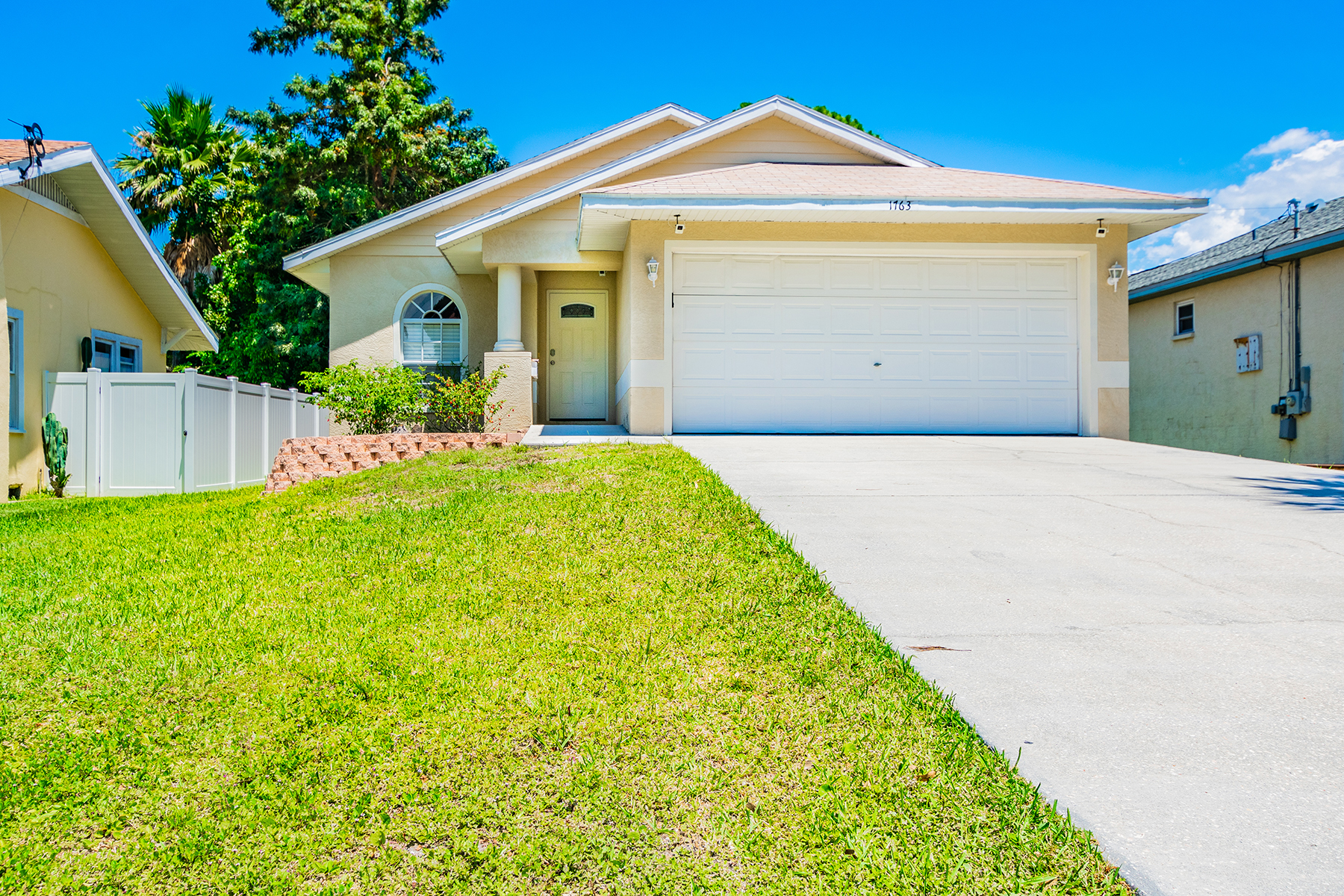 single family homes for Active at 1763 Montana Ave Ne St. Petersburg, Florida 33703 United States