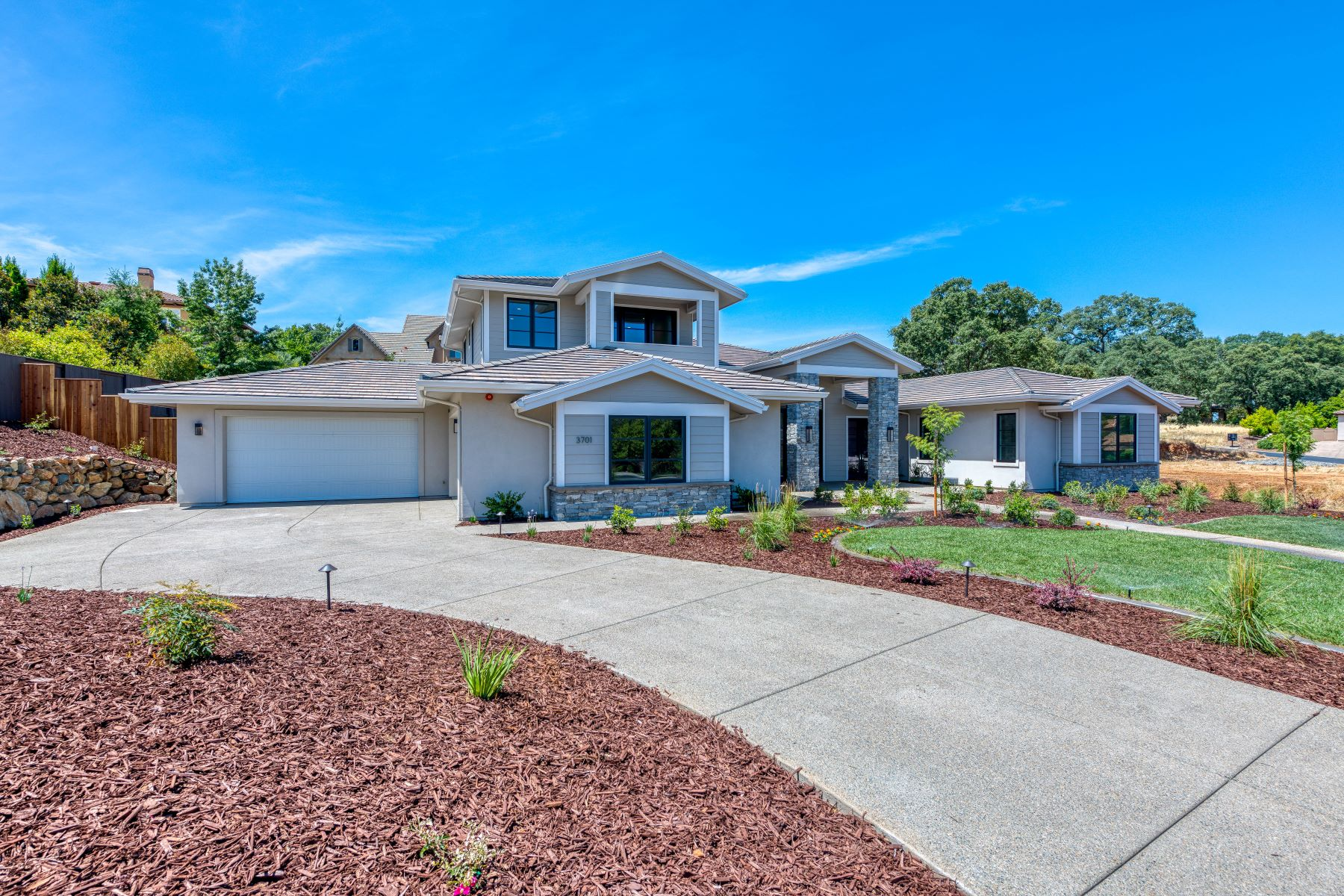 Single Family Homes for Active at 3701 Greenview Dr, El Dorado Hills, CA 95762 3701 Greenview Dr El Dorado Hills, California 95762 United States