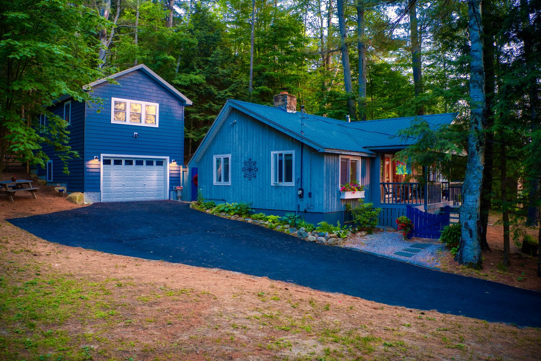 Single Family Homes for Sale at Schroon Lake Cottage 768 East Shore Dr. Adirondack, New York 12808 United States