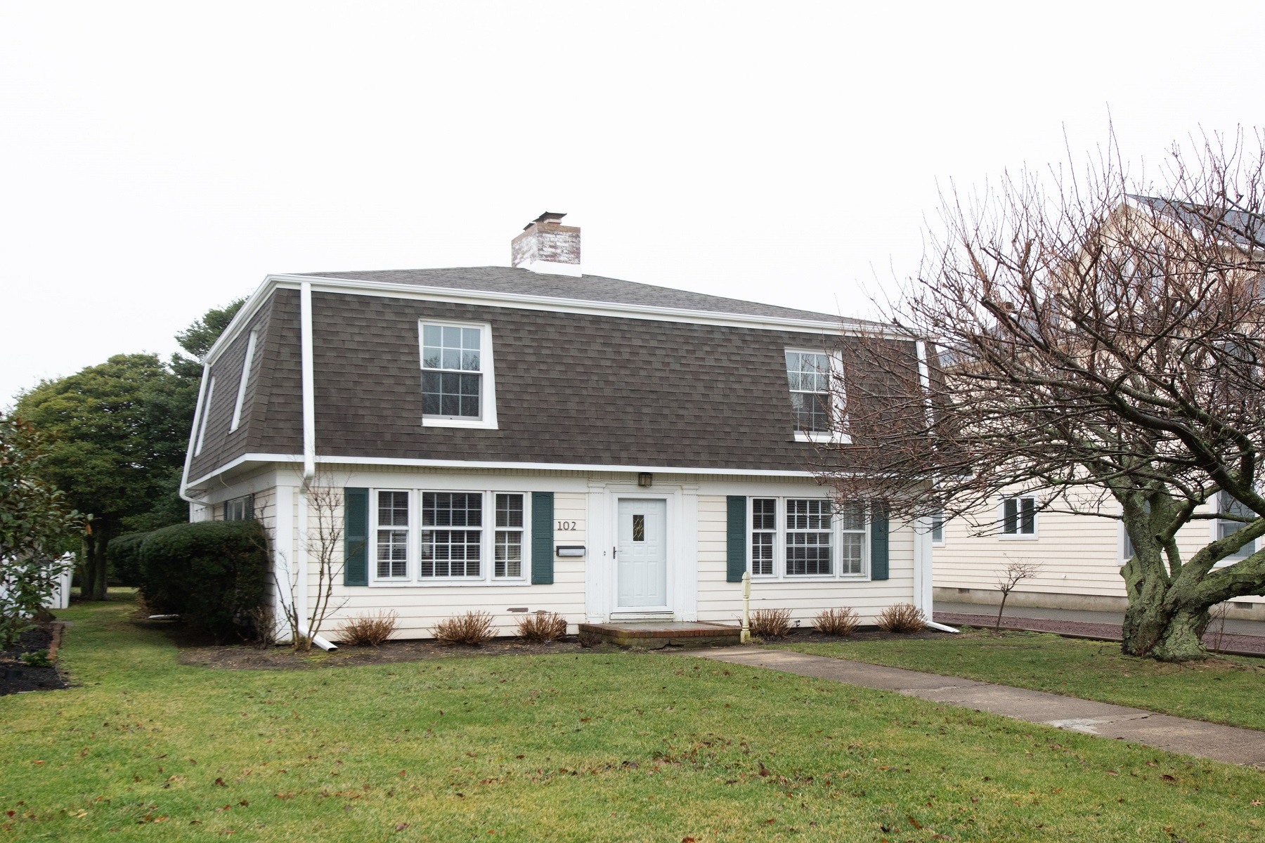 Single Family Homes for Sale at 102 Stockton Blvd. 102 Stockton Boulevard Sea Girt, New Jersey 08750 United States