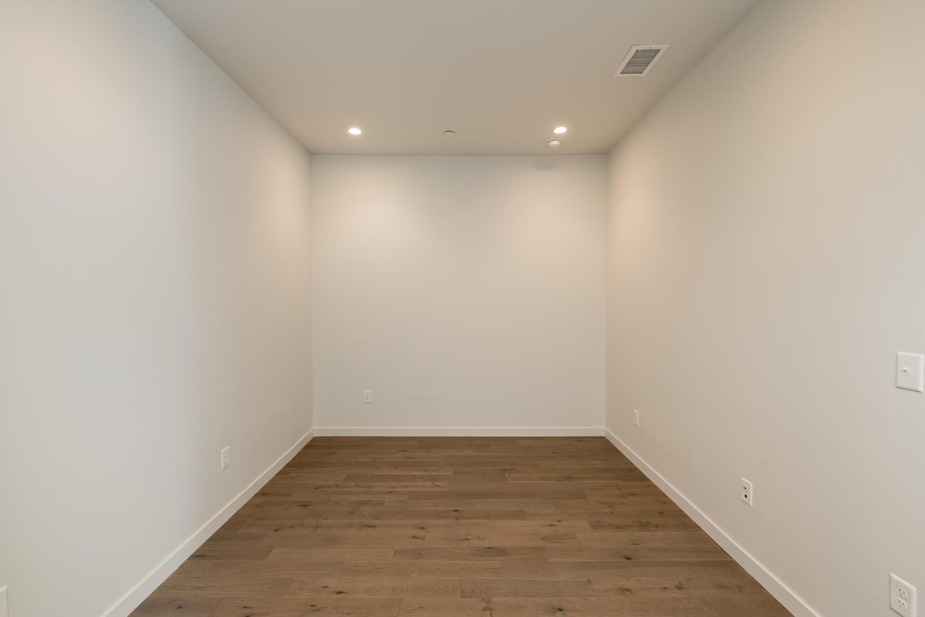 Additional photo for property listing at Ogden Flats 1300 North Ogden Street #305 Denver, Colorado 80218 Estados Unidos