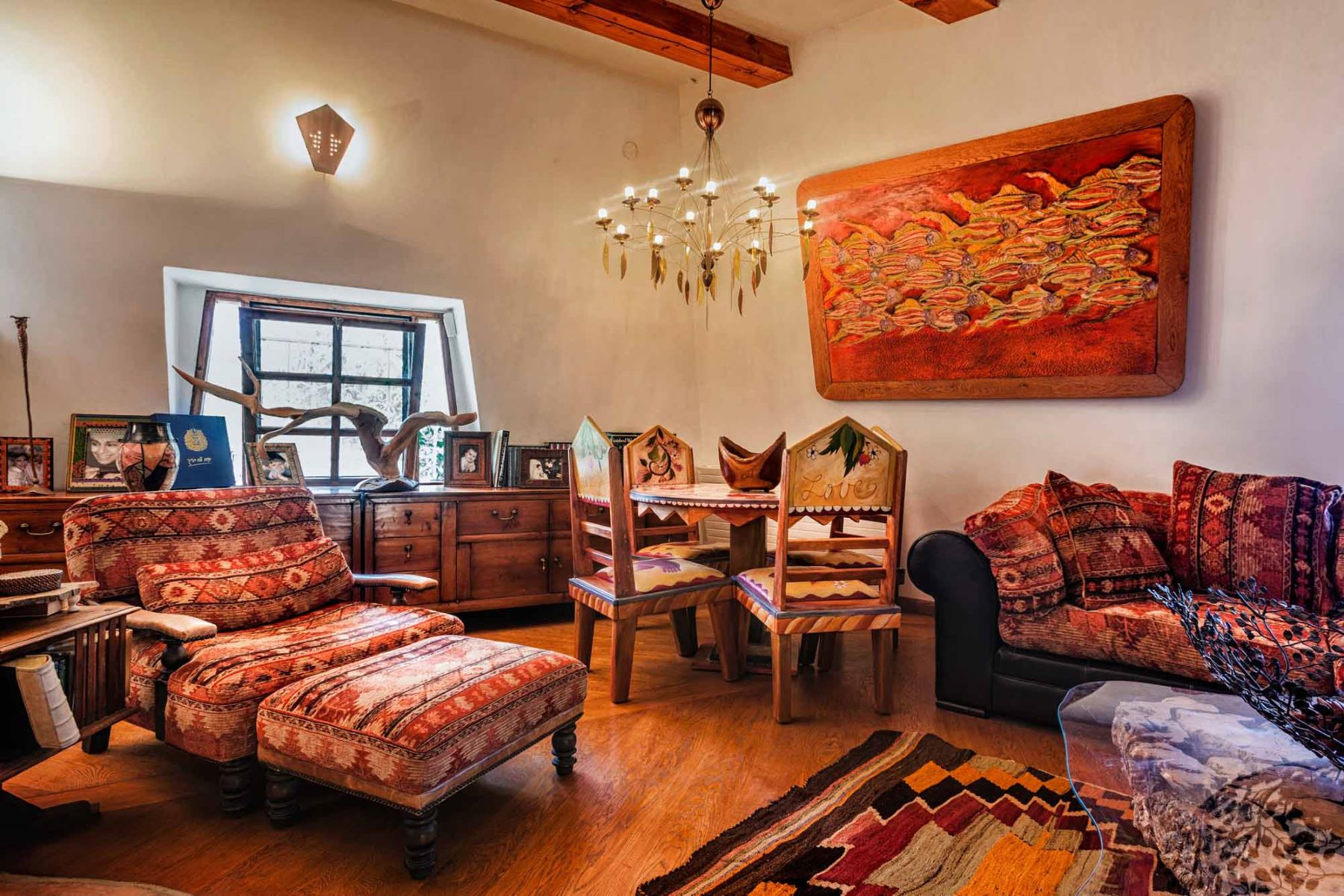 Additional photo for property listing at Enchanting Romantic Dream Home Just Outside of Jerusalem 耶路撒冷, 以色列 以色列