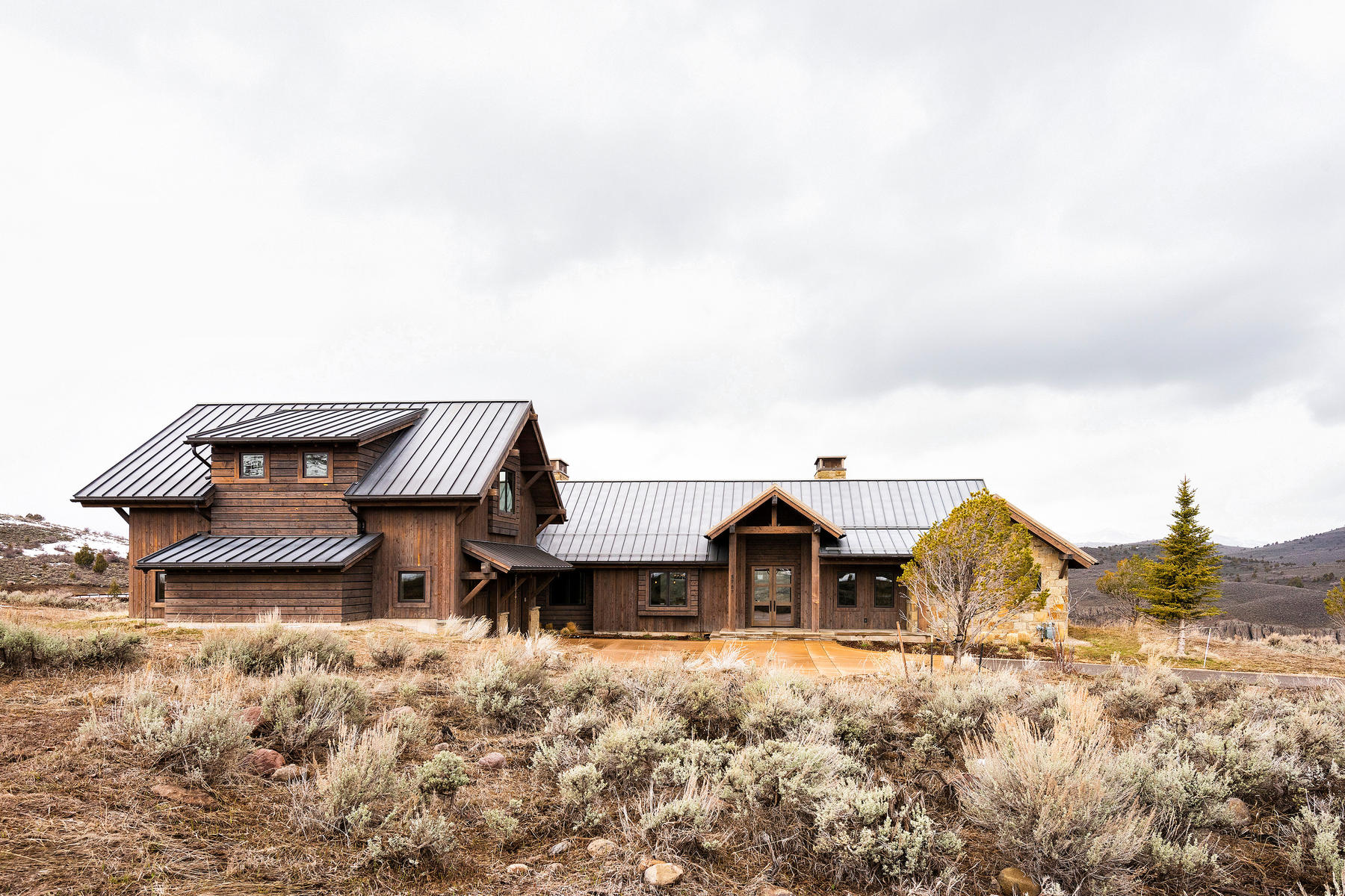 Single Family Homes for Sale at Custom Home Atop Victory Ranch's River Corridor 5787 E Rock Chuck Dr Lot 31A Heber City, Utah 84032 United States