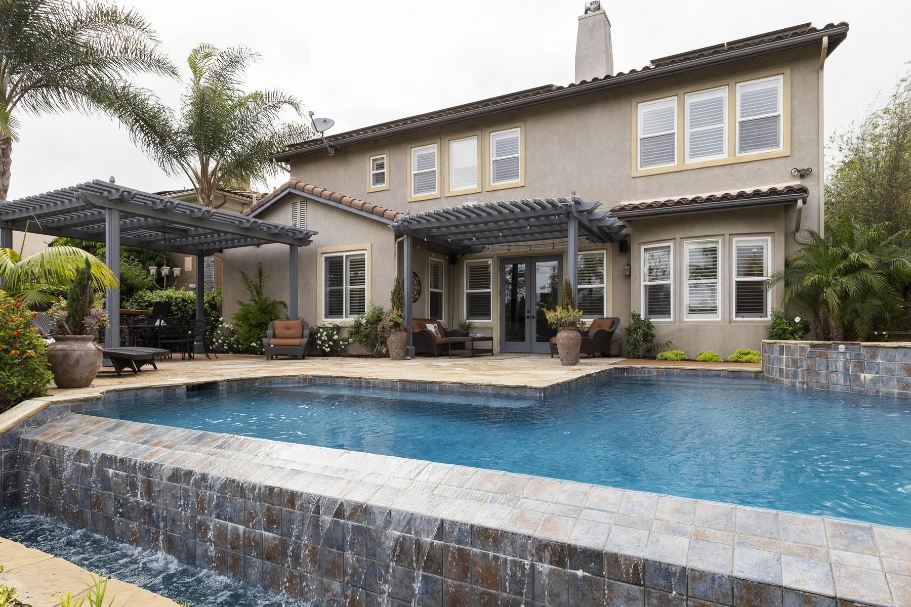 Single Family Homes por un Venta en 8144 Calle Catalonia Carlsbad, California 92009 Estados Unidos