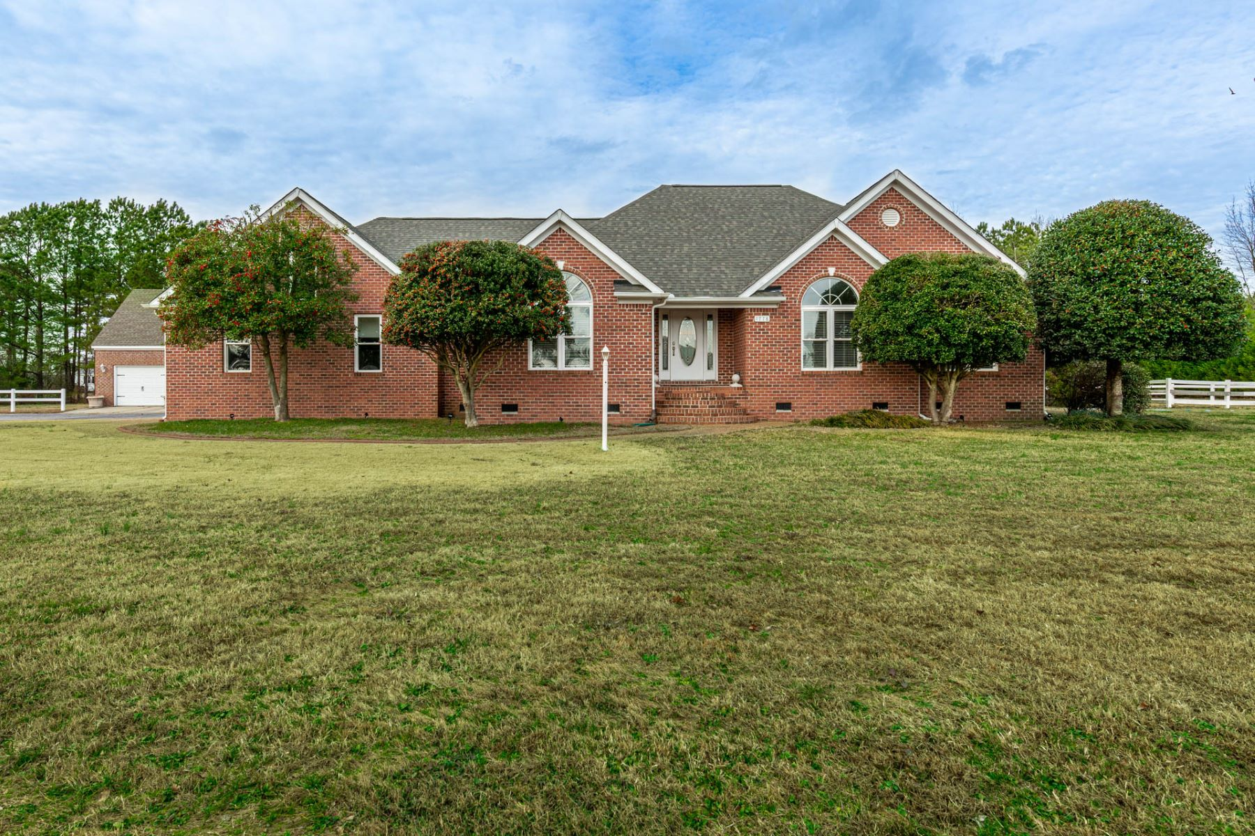 Single Family Homes for Active at 1778 Kings Fork Road Suffolk, Virginia 23434 United States