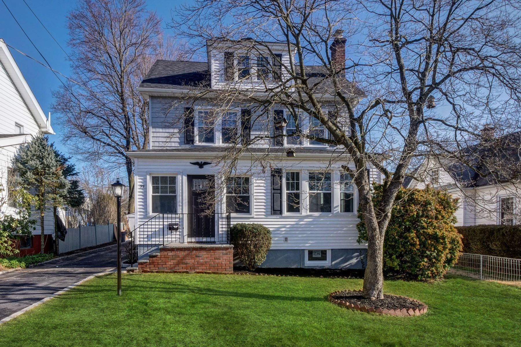 Single Family Homes for Sale at Craftsmanship Abounds 99 Burnham Road, Morris Plains, New Jersey 07950 United States