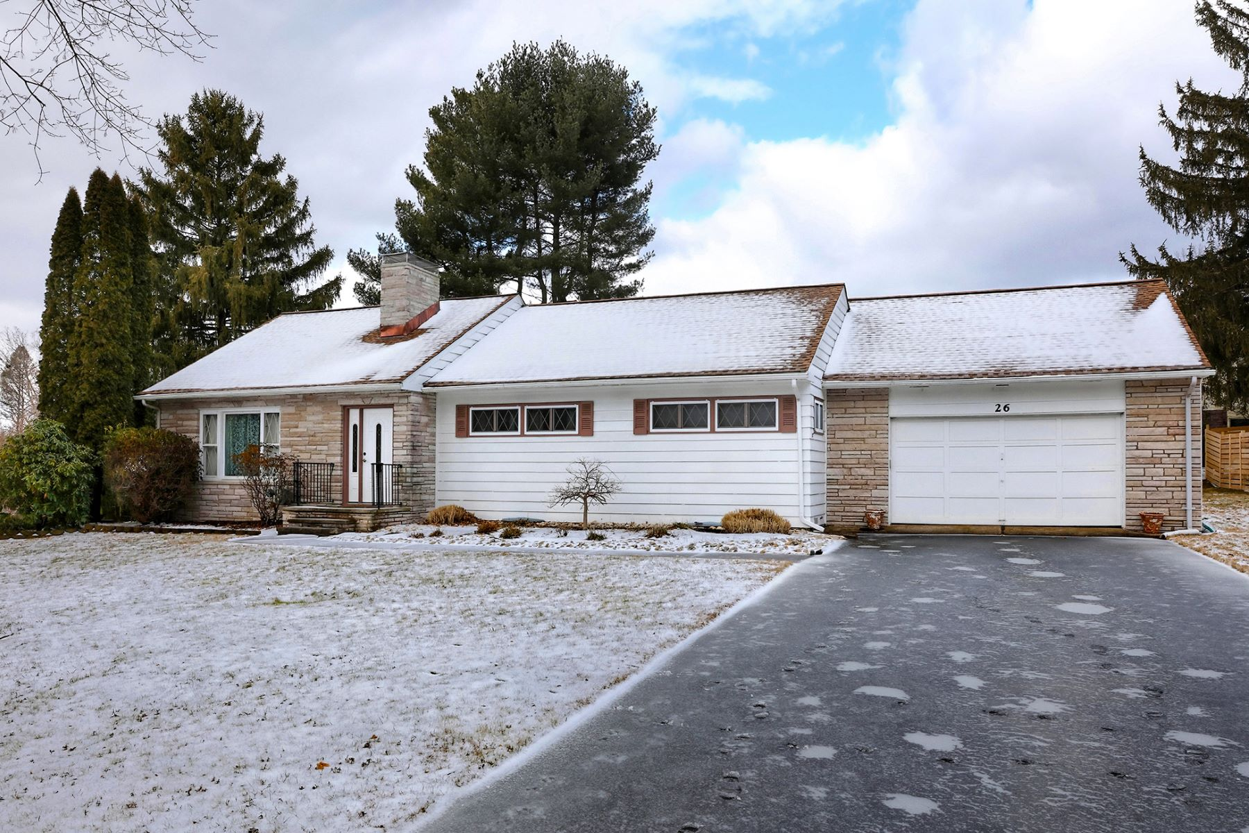 Single Family Home for Sale at Turnkey Ranch In A Commuter-Friendly Location 26 Delaware Avenue, Ewing, New Jersey 08628 United StatesMunicipality: Ewing Township